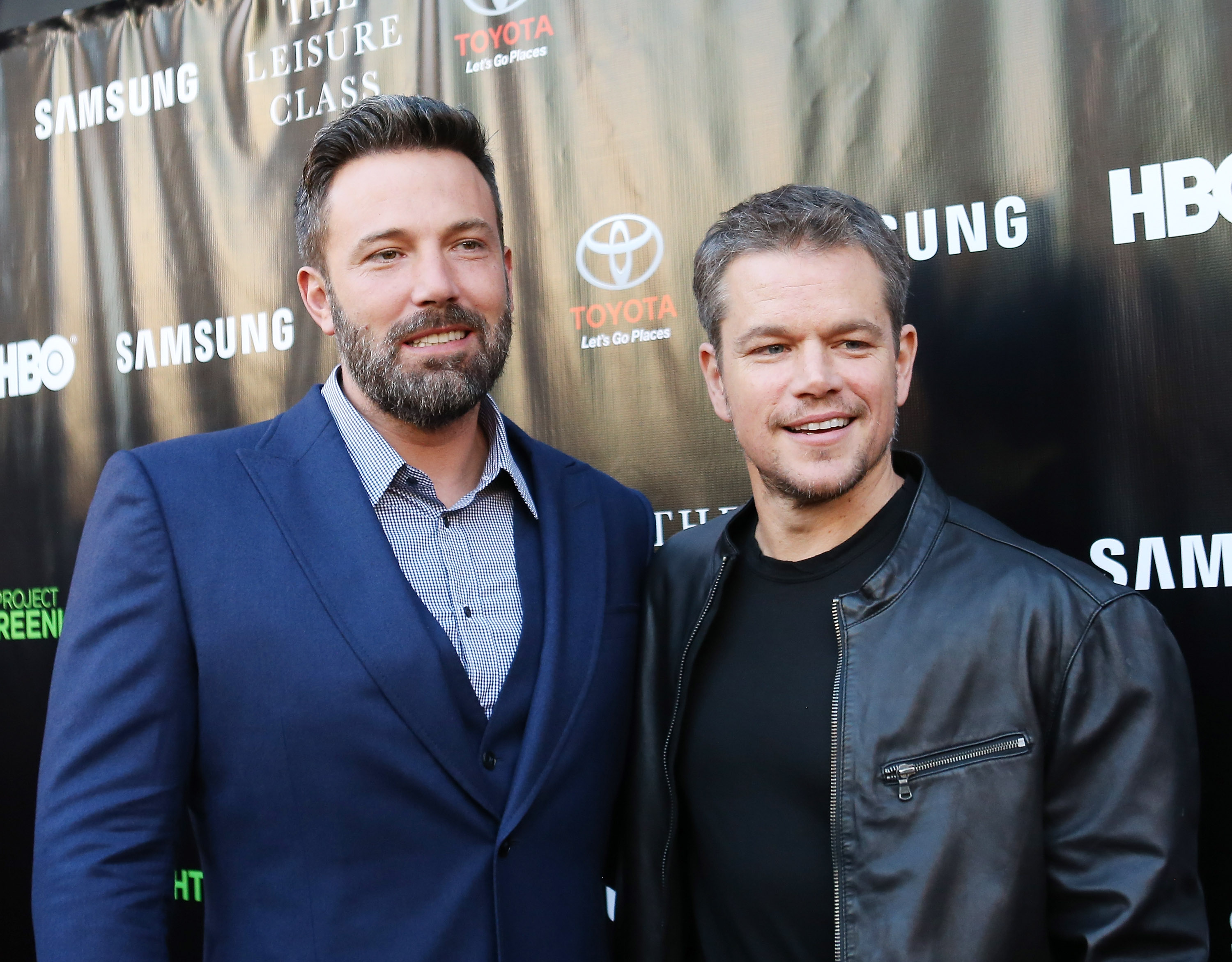 Ben Affleck (L) and Matt Damon arrive at HBO presents The Project Greenlight season 4 winning film  The Leisure Class  held at The Theatre - The Ace Hotel on August 10, 2015 in Los Angeles, California.