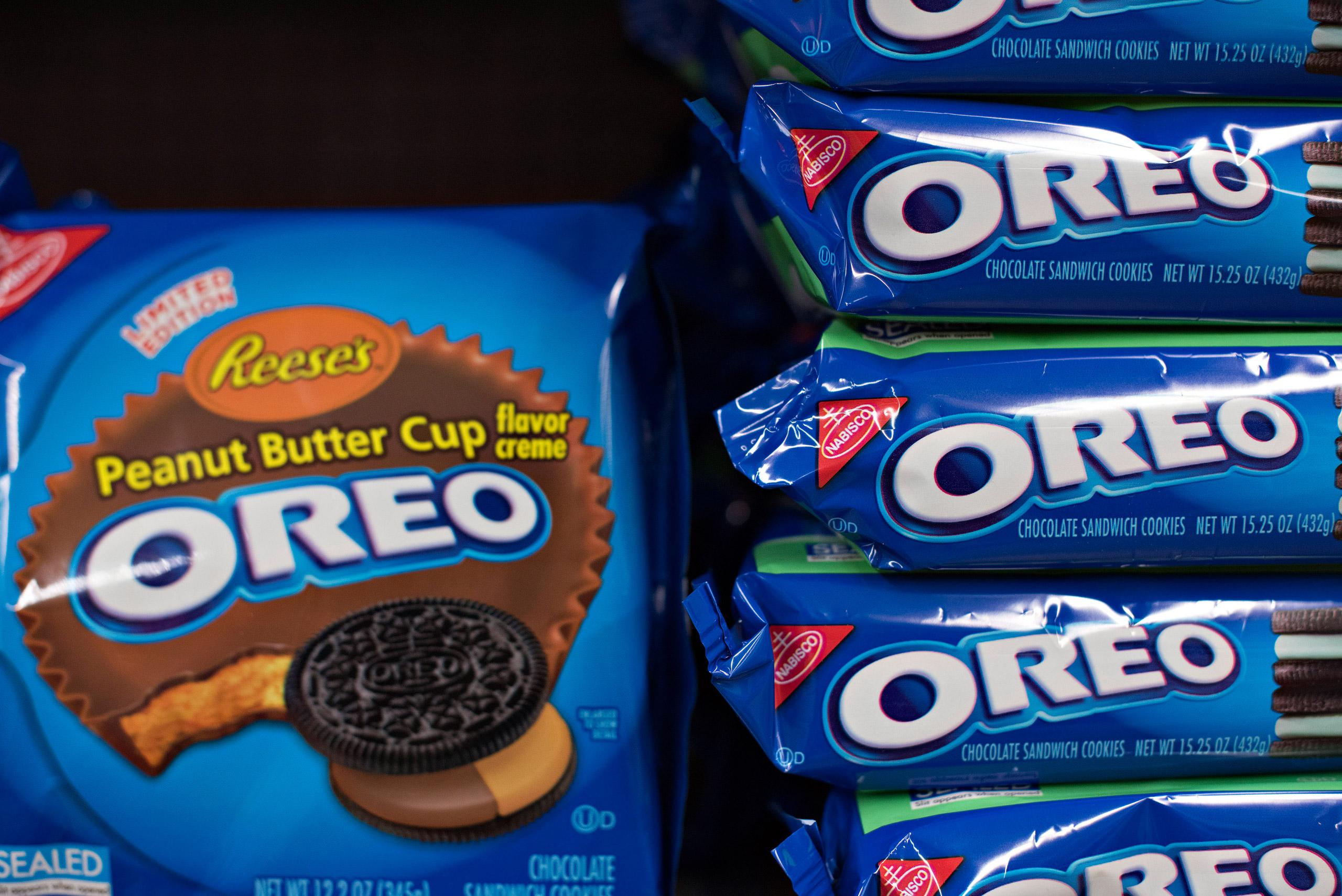 Mondelez International Inc. Oreo brand cookies sit on a supermarket shelf in Princeton, Ill., on Apr. 1, 2015.