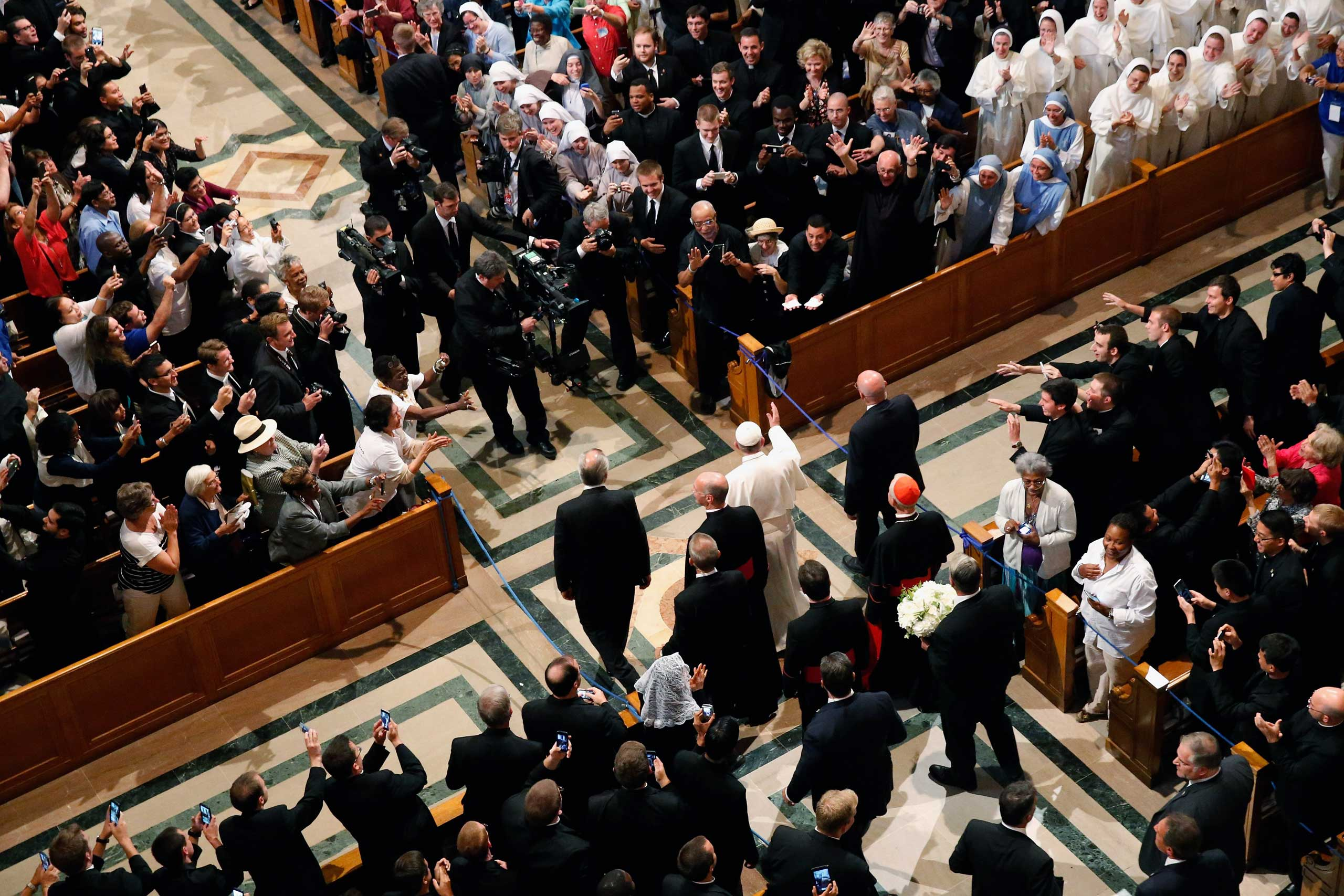 Pope Francis arrives for the canonization Mass for Junipero Serra at the Basilica of the National Shrine of the Immaculate Conception in Washington, on Sept. 23, 2015.