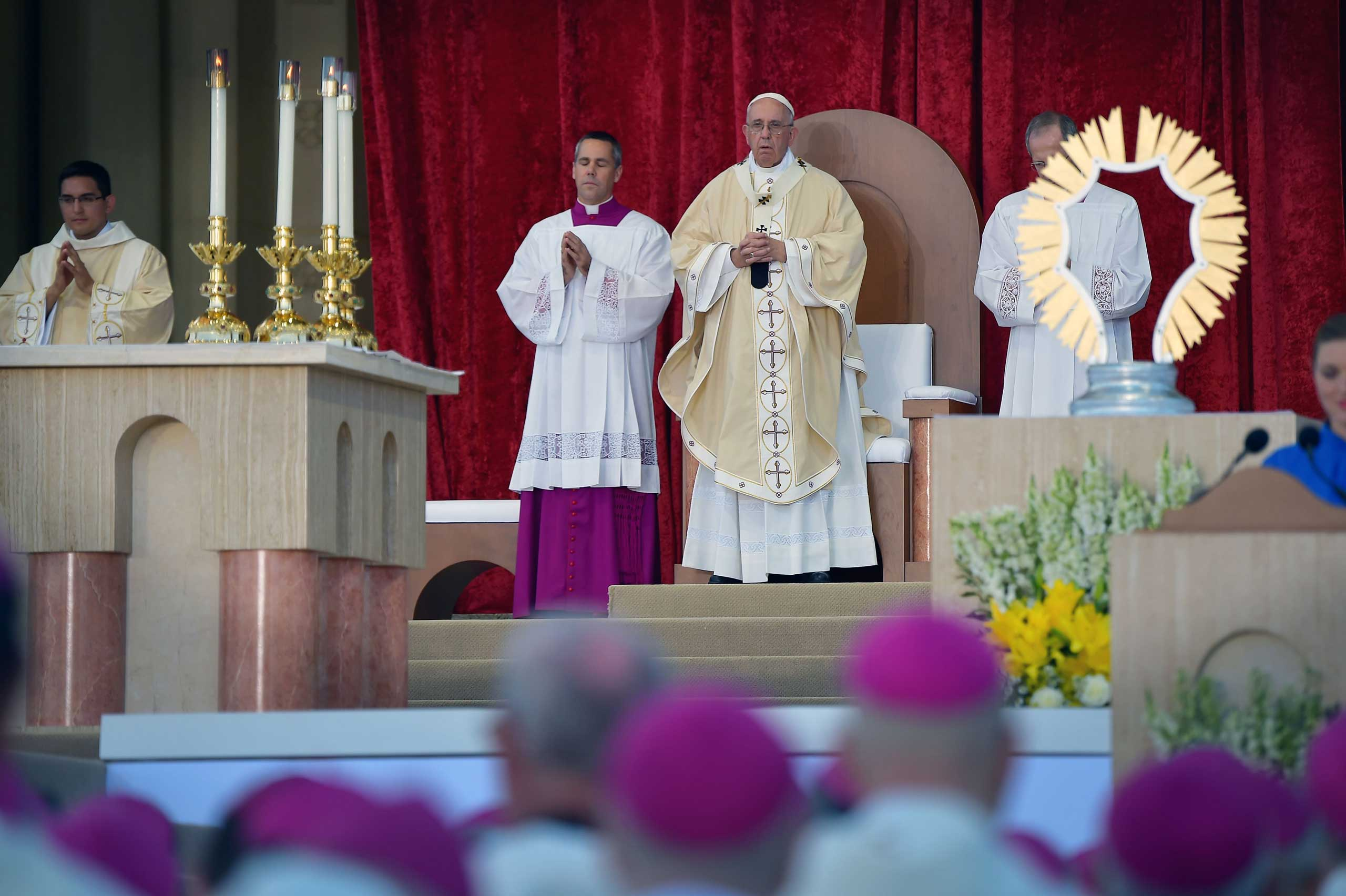 Pope Francis performs Mass at the Basilica of the National Shrine of the Immaculate Conception in Washington, on Sept. 23, 2015.