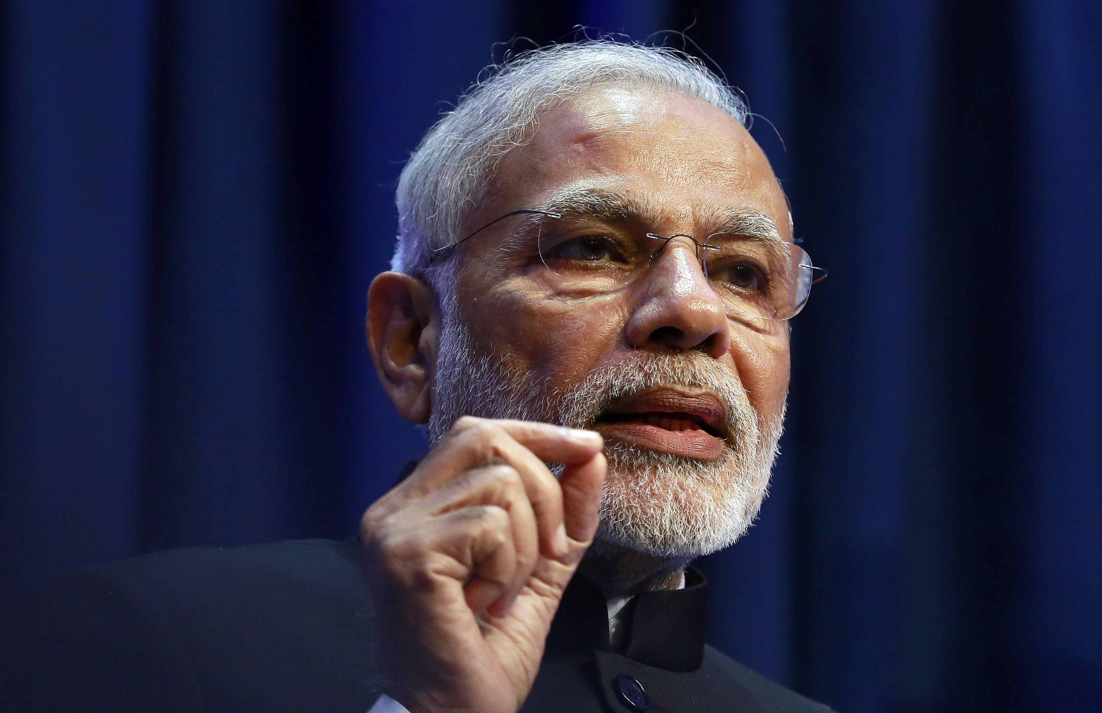 India's Prime Minister Narendra Modi speaks at a news conference in Government Buildings in Dublin September 23, 2015.