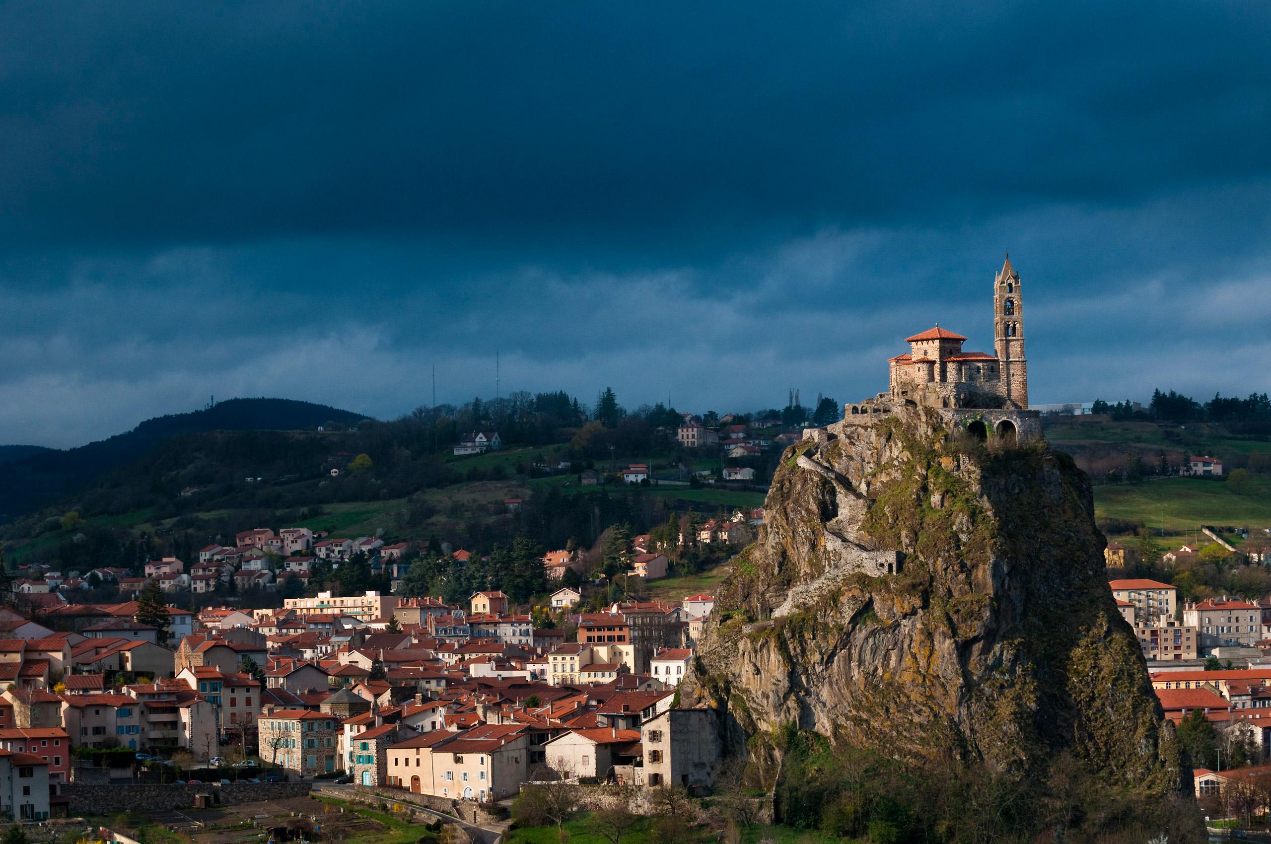 10 Apr 2009, Le Puy, France --- France, Haute-Loire, along El Camino de Santiago, UNESCO World Heritage, Le Puy-en-Velay, rocher Corneille and chapel of Saint-Michel Aiguilhe --- Image by © Marc Dozier/Corbis