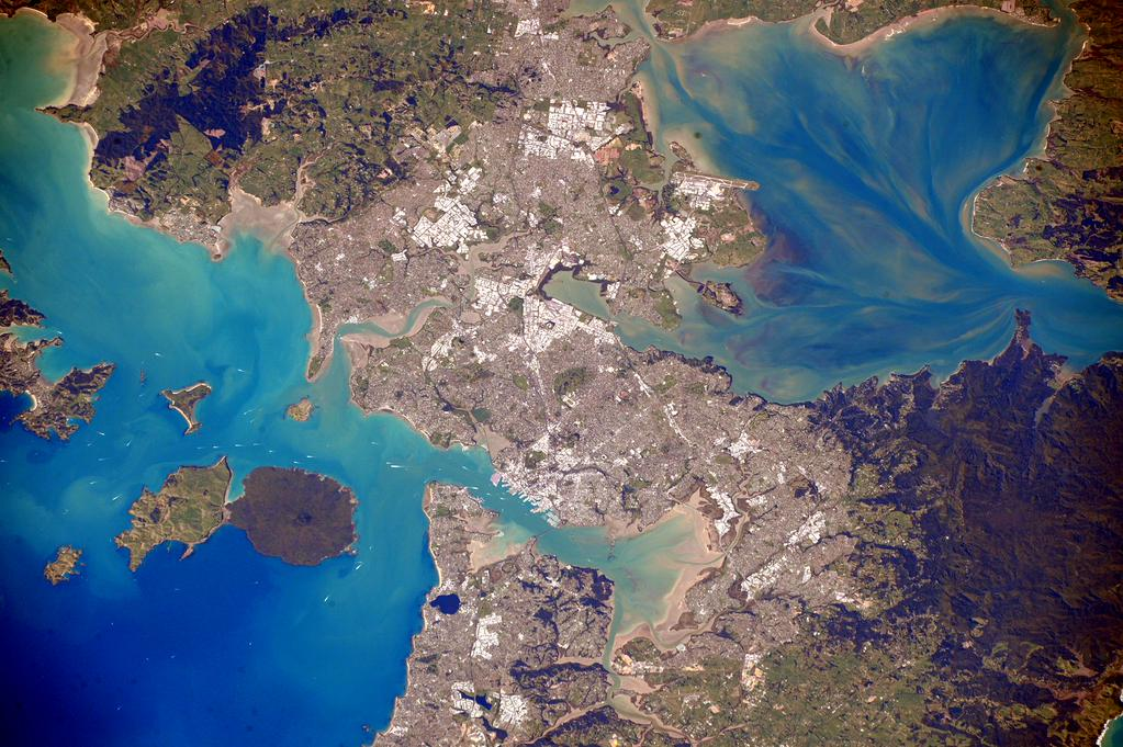 #Auckland #NewZealand, Sorry we don't see you much during your day but you look great down there. #YearInSpace  - via Twitter on Sept. 25, 2015