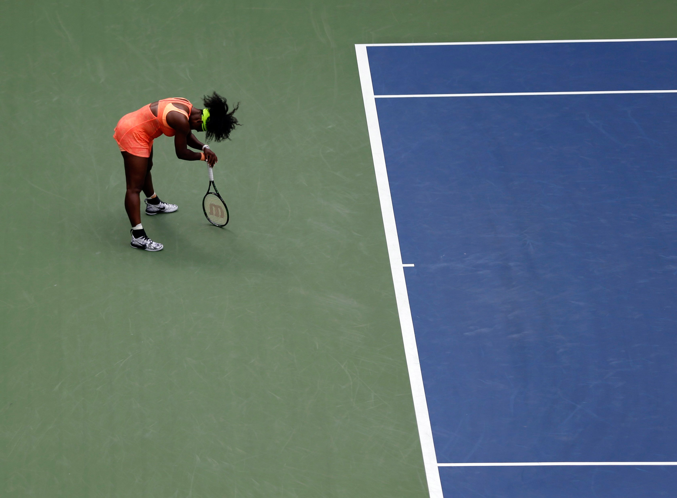 Serena Williams reacts after losing a point to Roberta Vinci, of Italy, during a semifinal match at the U.S. Open tennis tournament in New York, on Sept. 11, 2015.