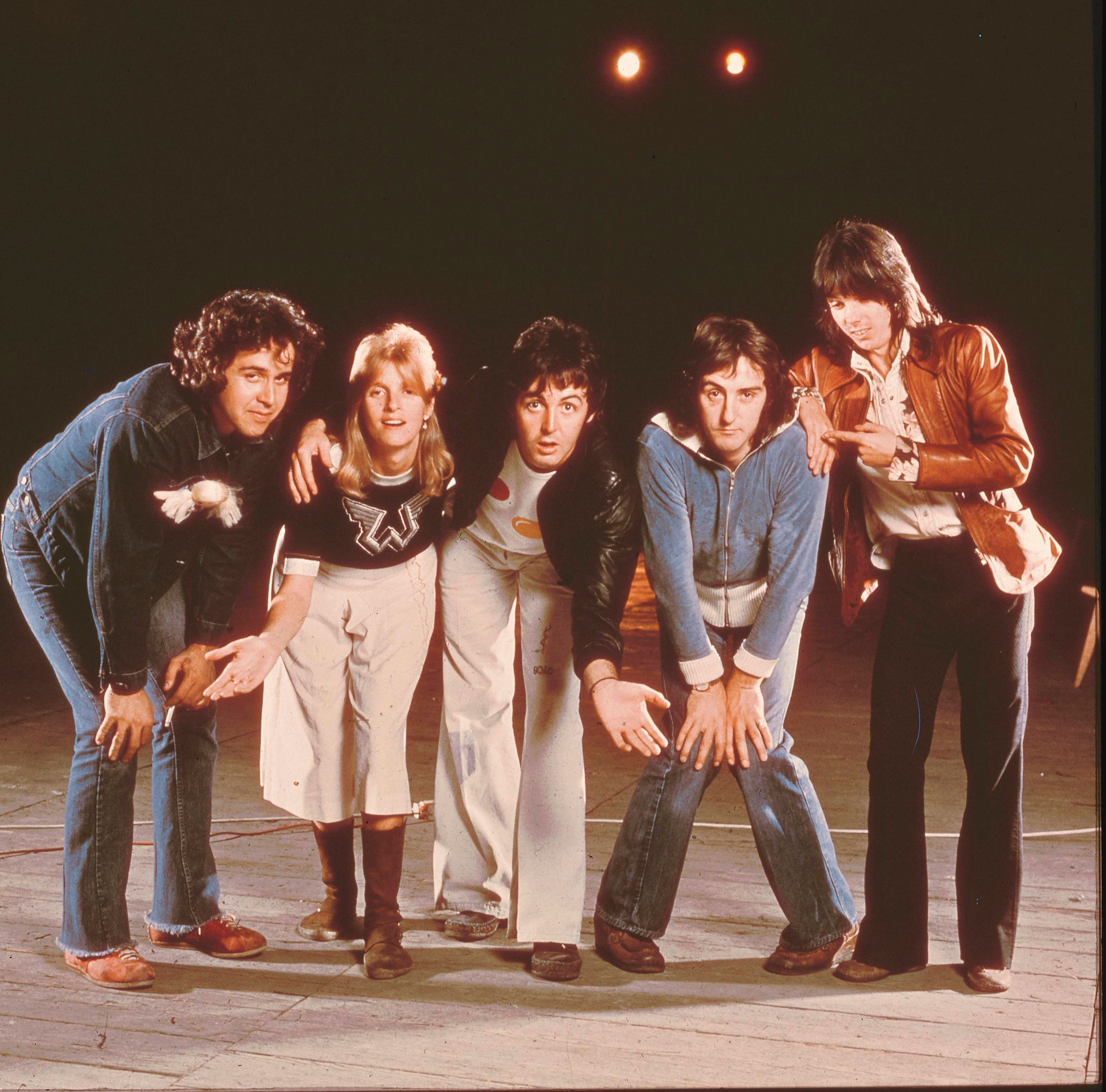 <b>Paul McCartney</b>  and <b>Wings</b> sang the theme song for <i>Live and Let Die</i>.