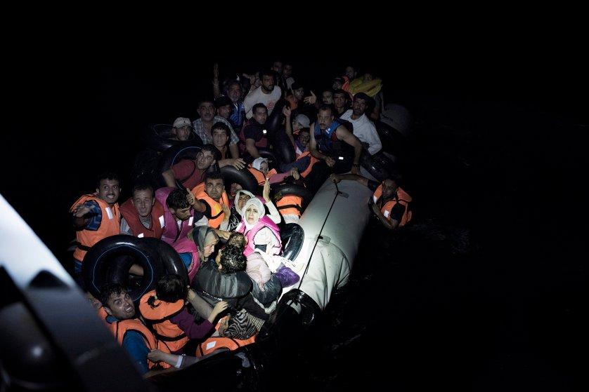 yuri-kozyrev-greek-coast-guard-migrants-1