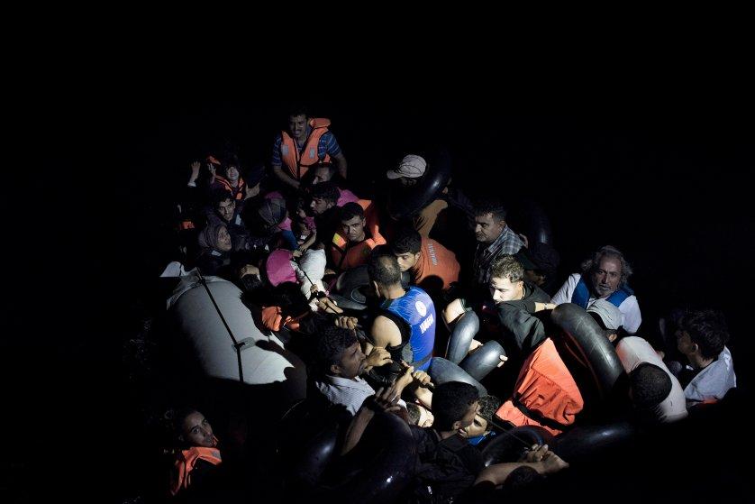 yuri-kozyrev-greek-coast-guard-migrants-3