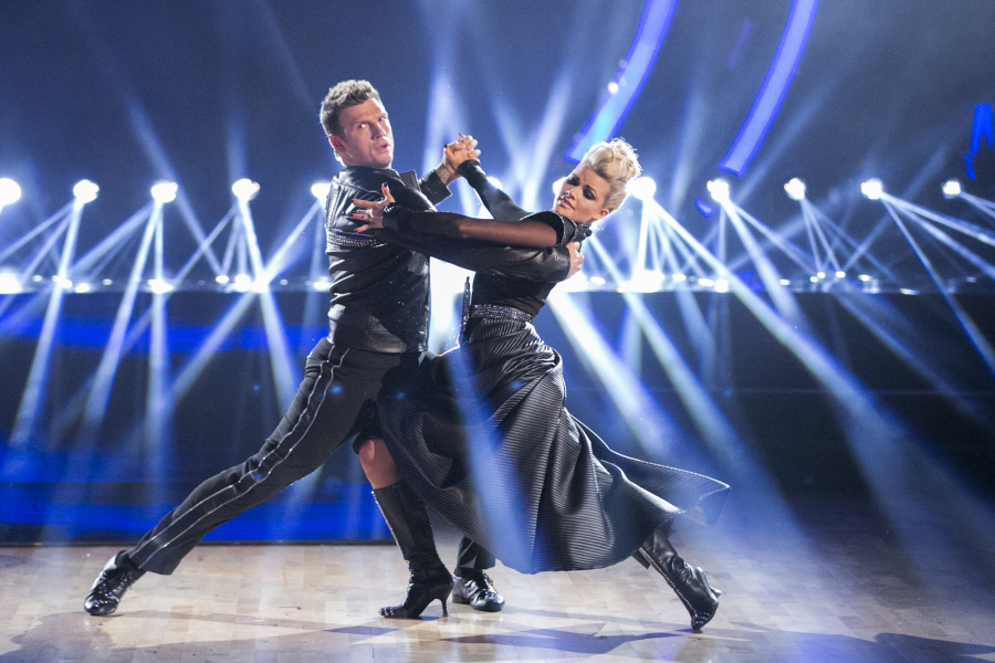 Celebrities and professional dancers switched partners on Oct. 12 episode of 'Dancing with the Stars.'