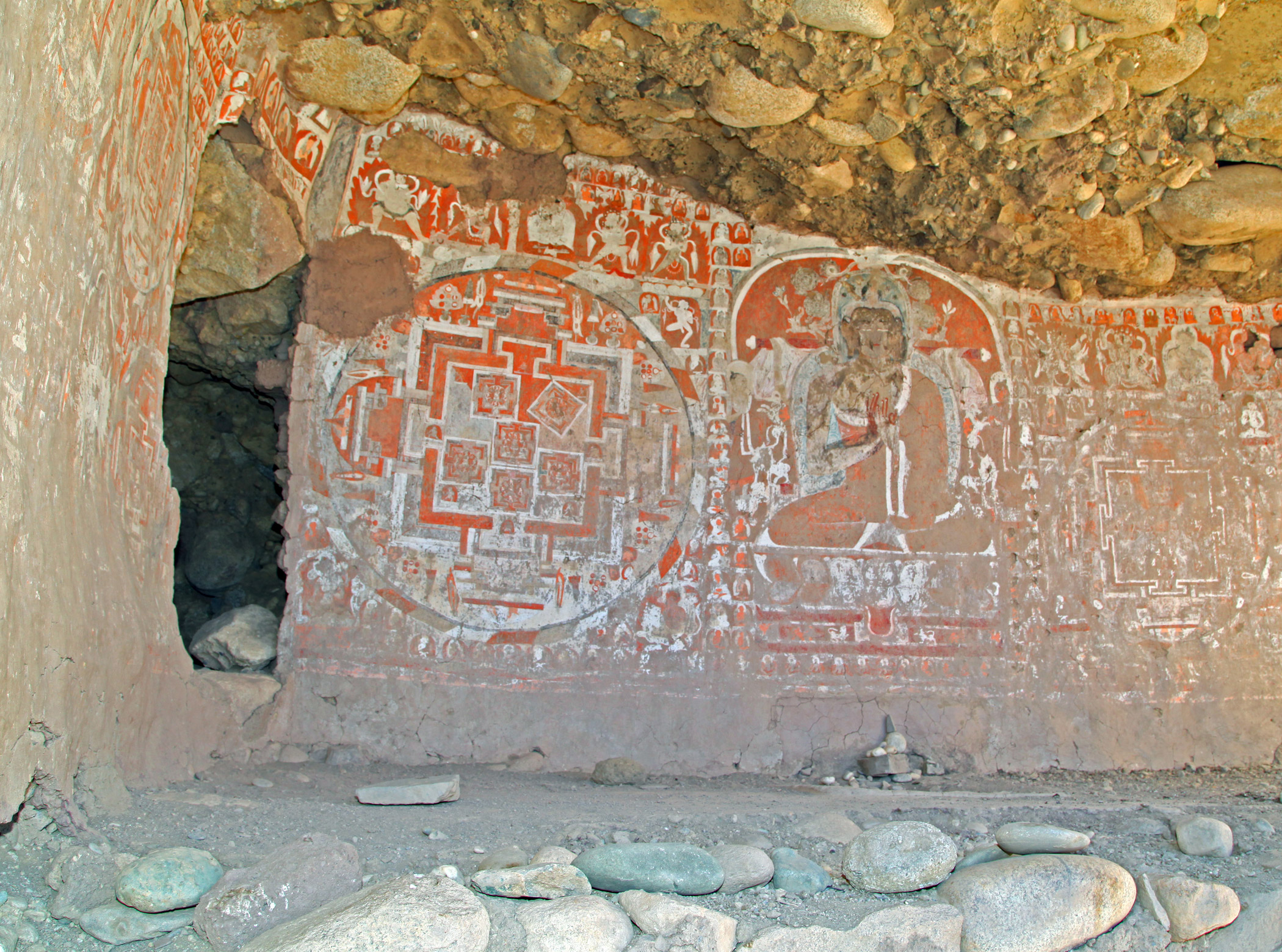 India, Gon-Nila-Phuk                               Cave Temples and Fort: The caves contain Buddhist wall paintings of exquisite artistic and spiritual significance, but they are endangered by the menacing disintegration of the surrounding rock.