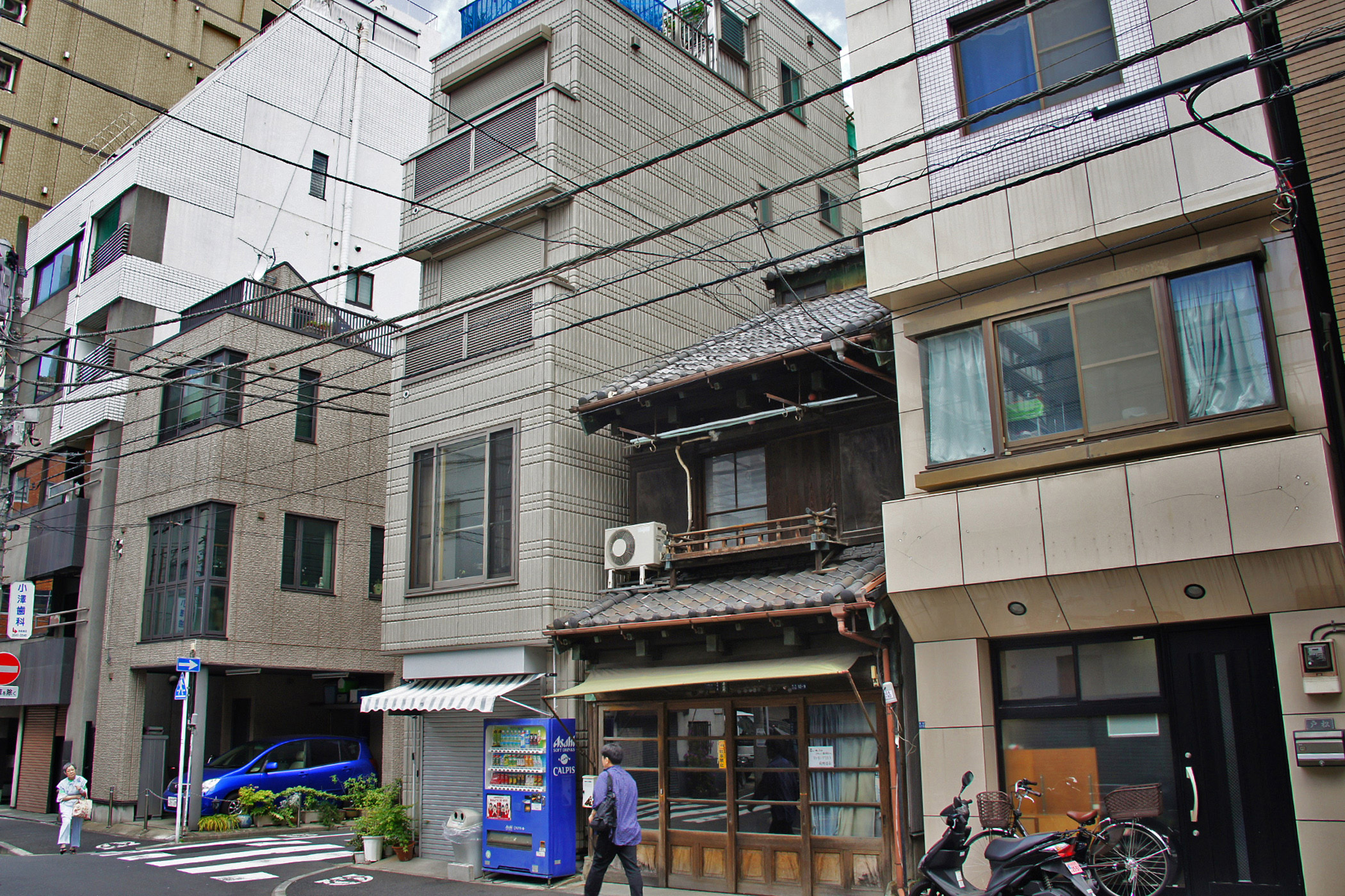 Japan, Early Twentieth                               Century Architecture                               in Tsukiji: The relocation of the Tsukiji fish market ahead of the 2020 Olympic Games warns of redevelopment pressures for some of the last remaining markers of Tsukiji's historic twentieth century architecture.