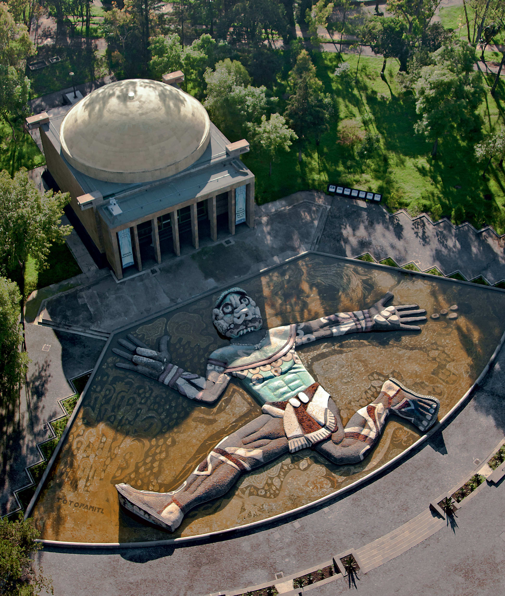 Mexico, Chapultepec                               Park: is an oasis that offers opportunities for leisure activities for residents and tourists alike, but planning and vision are needed for the Park to continue to be enjoyed by the public.