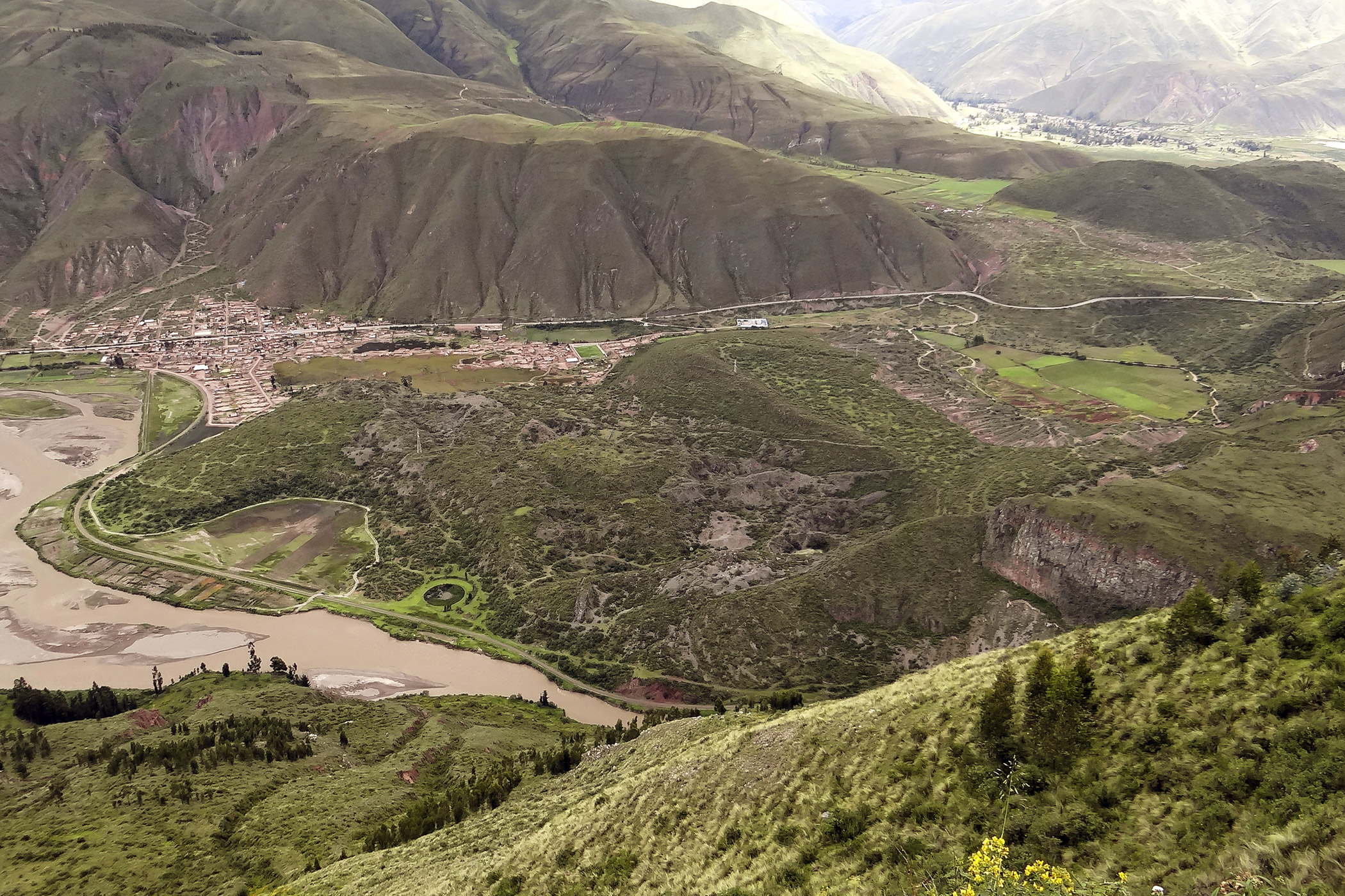 Peru, Rumiqolqa: The overexploitation of the quarry of Rumiqolqa threatens the pre-Inca and Inca archaeological remains found at the site.