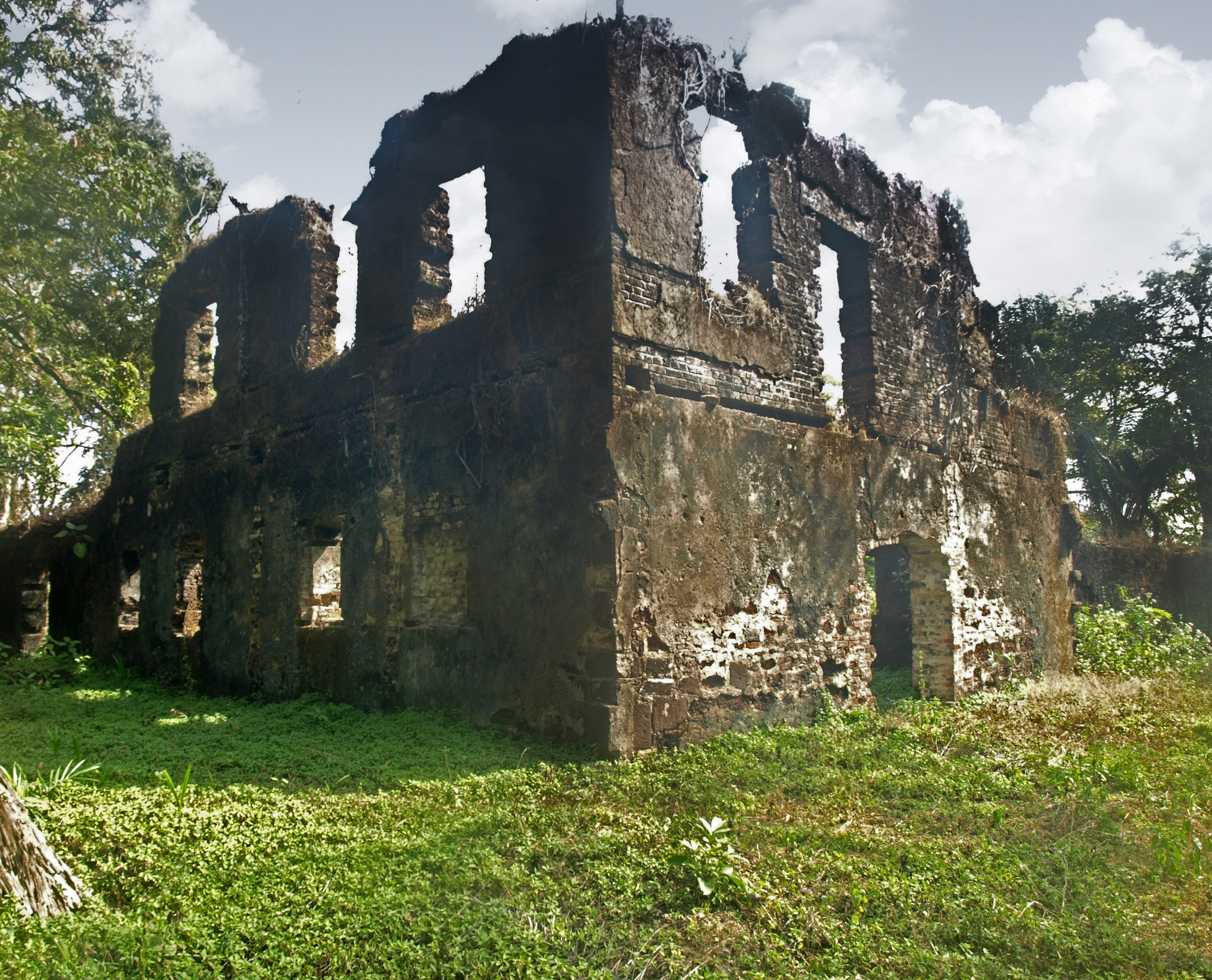 Sierra Leone, Bunce                               Island: Bunce Island, a site that testifies to a dark chapter in world history, is being slowly eroded by exposure to the elements and overwhelmed by the social and economic problems facing Sierra Leone.