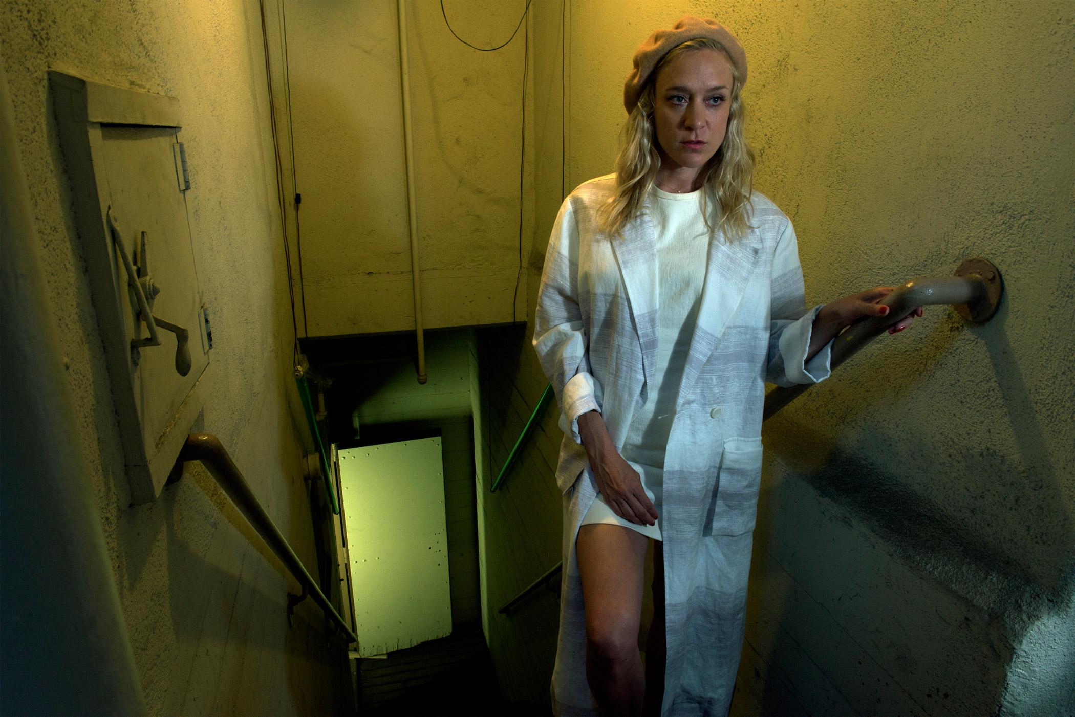 Chloe Sevigny as Alex Lowe.