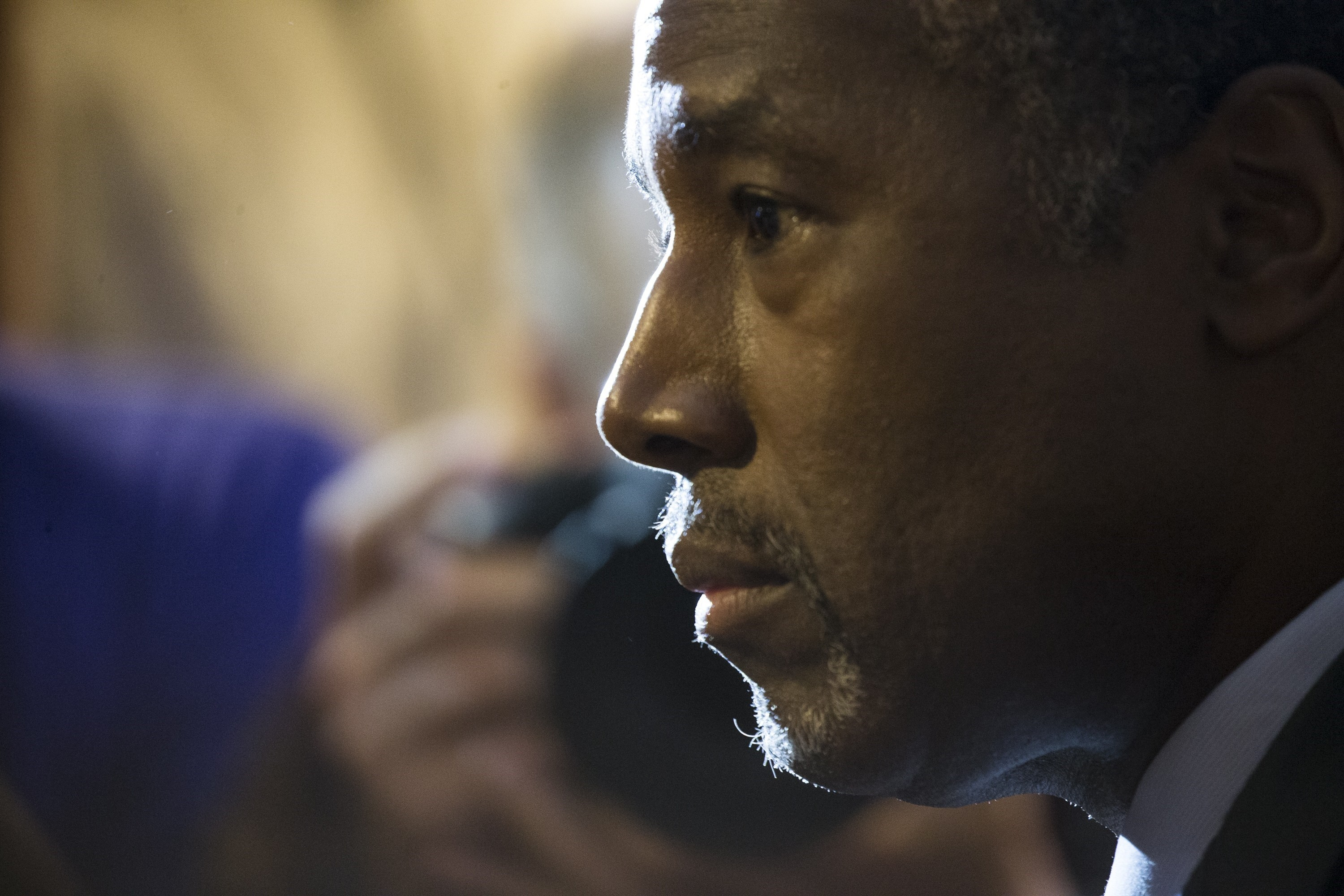 Ben Carson answers speaks to the media after speaking at a luncheon at the National Press Club in Washington, USA on Oct. 9, 2015.