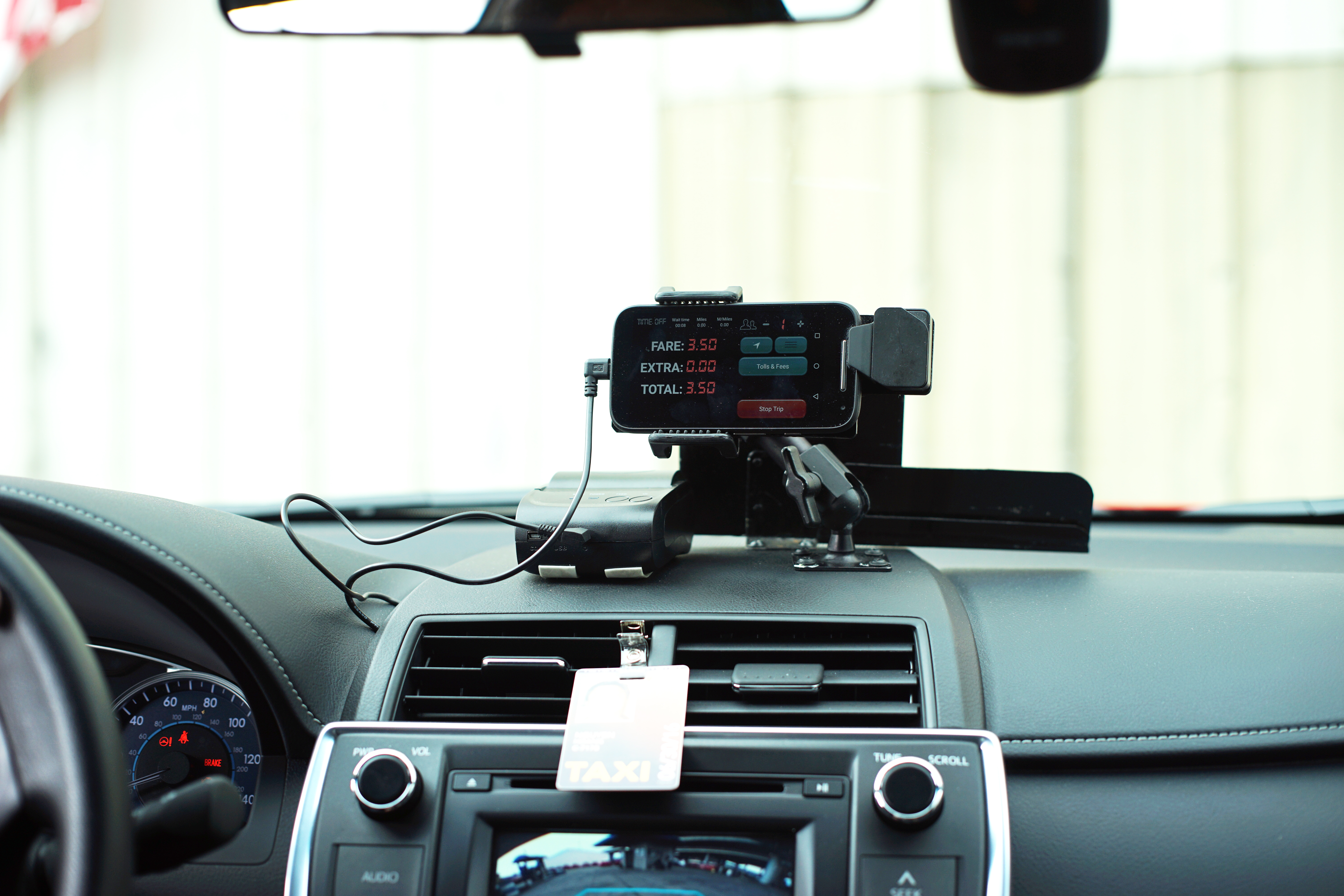 Taxi-app company Flywheel is touting TaxiOS as the first  all-in-one  hardware and software platforms for cabs.