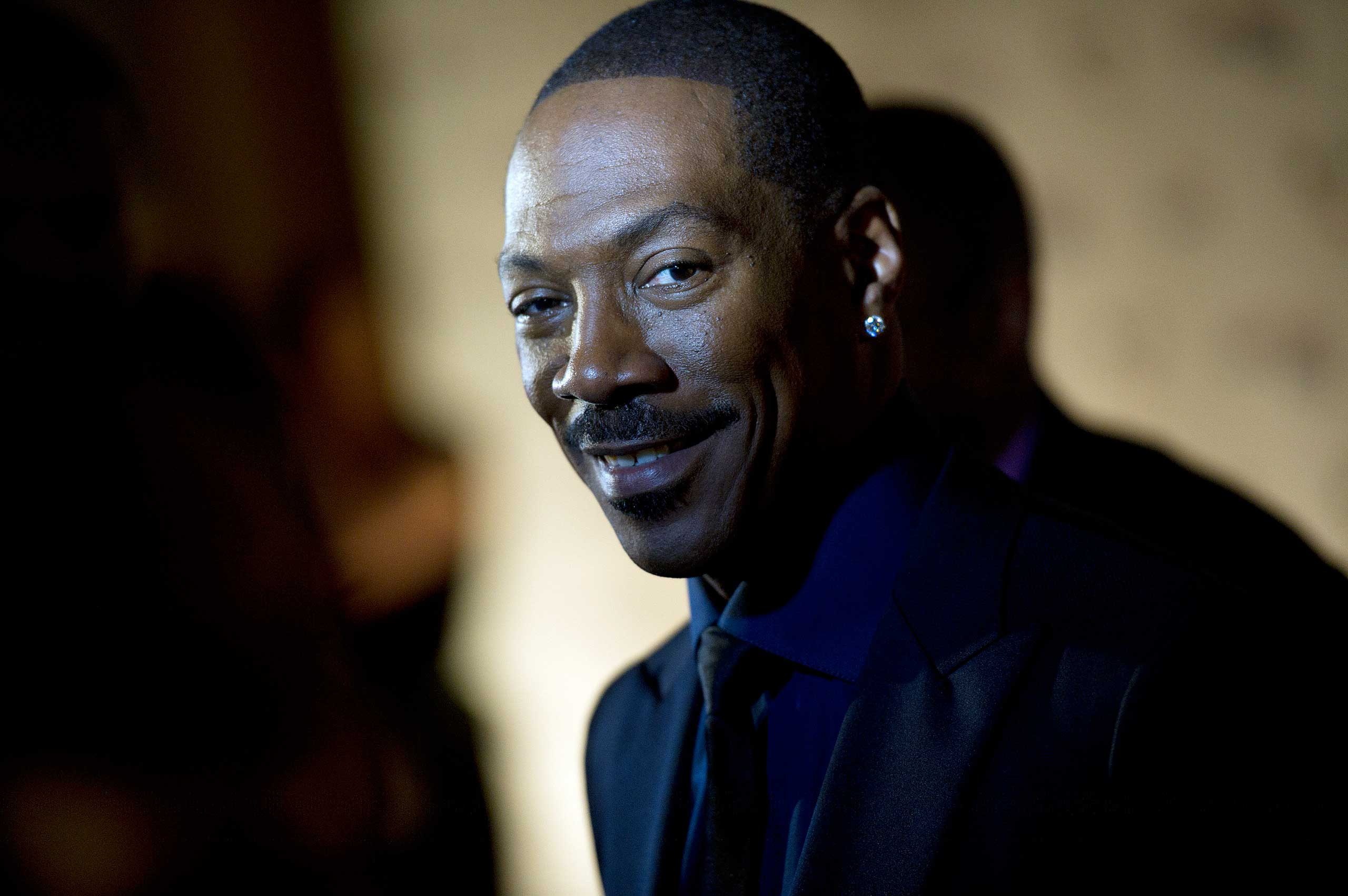Eddie Murphy arrives at the Kennedy Center for the Mark Twain Prize for American Humor ceremony that honored Eddie Murphy in Washington, DC., on Oct. 18, 2015.