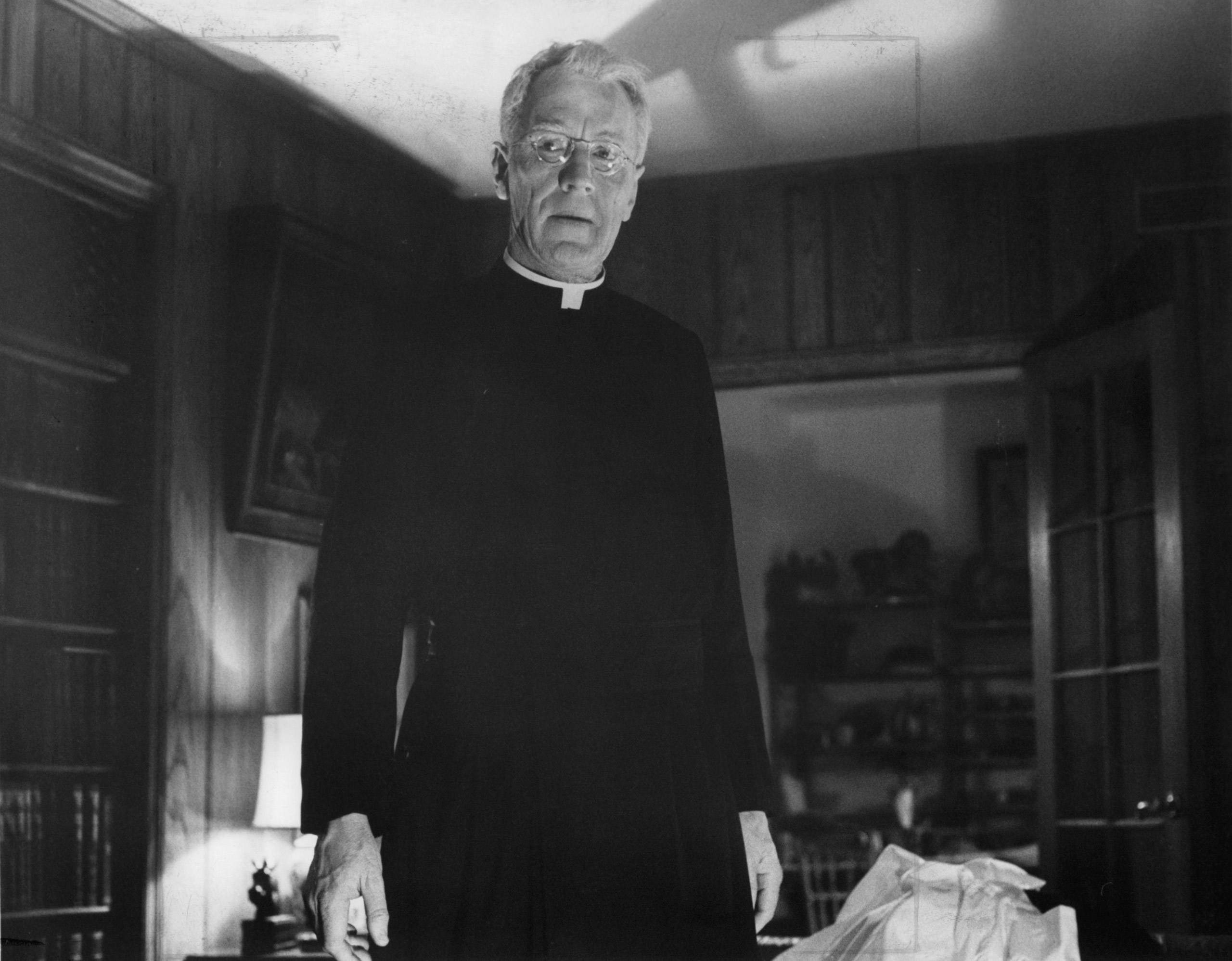 Max Von Sydow stands in priest uniform in a scene from the film 'The Exorcist', 1973.