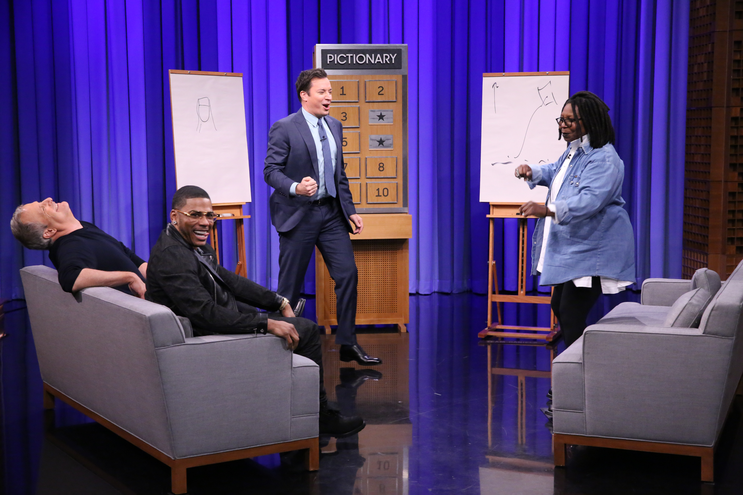 Jeff Daniels, Nelly, Jimmy Fallon,  Whoopi Goldberg play Pictionary during the Tonight Show, on October 9, 2015.