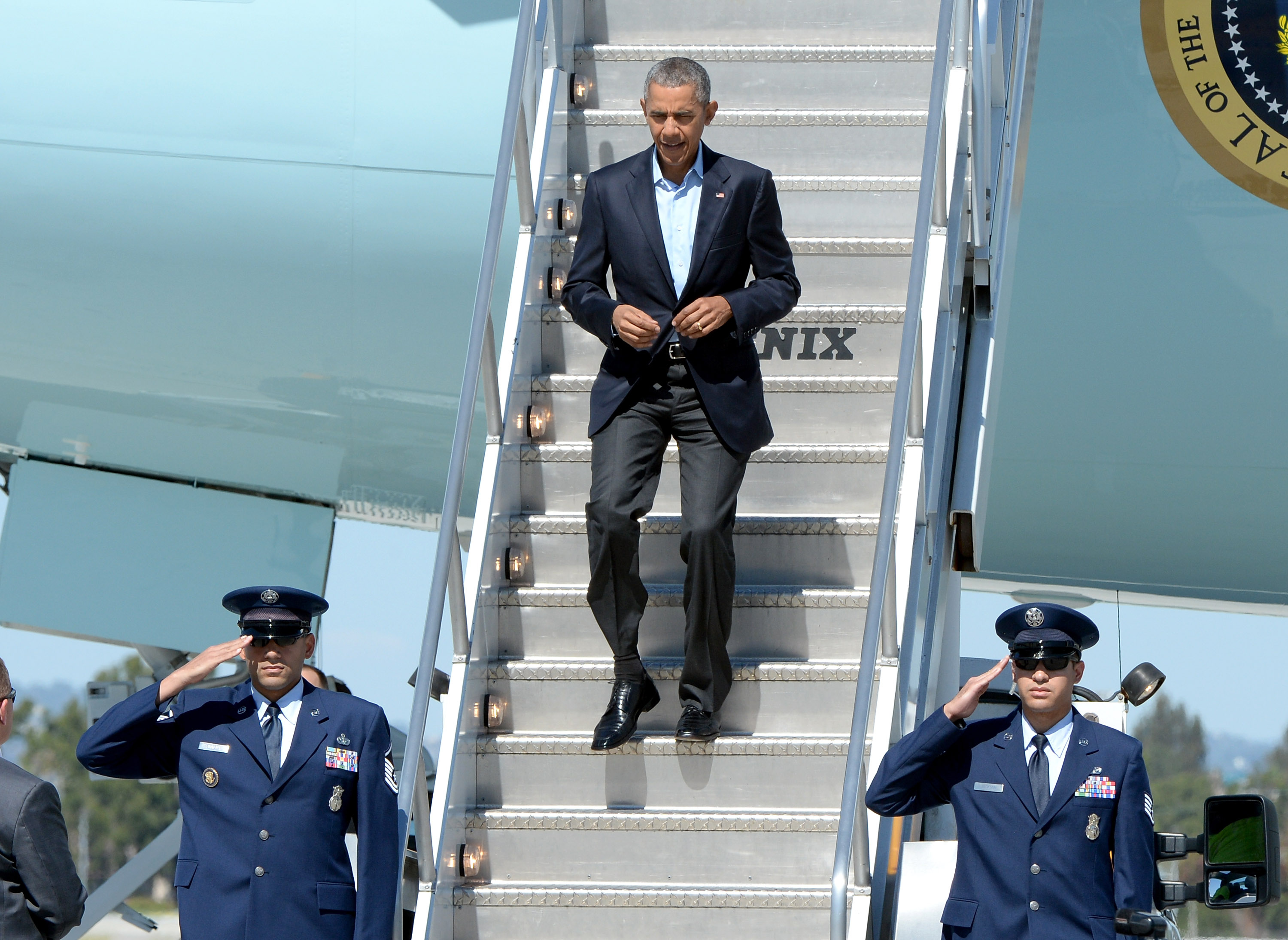 President Barack Obama arrives in Air Force One at LAX Airport on October 10, 2015 in Los Angeles, California.
