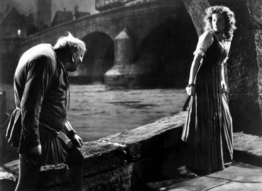 American movies in the 1930ies Charles Laughton and Maureen O'Hara in a scene of the movie 'The Hunchback of Notre Dame' Directed by: William Dieterle USA 1939 Produced by: RKO Pictures Vintage property of ullstein bild