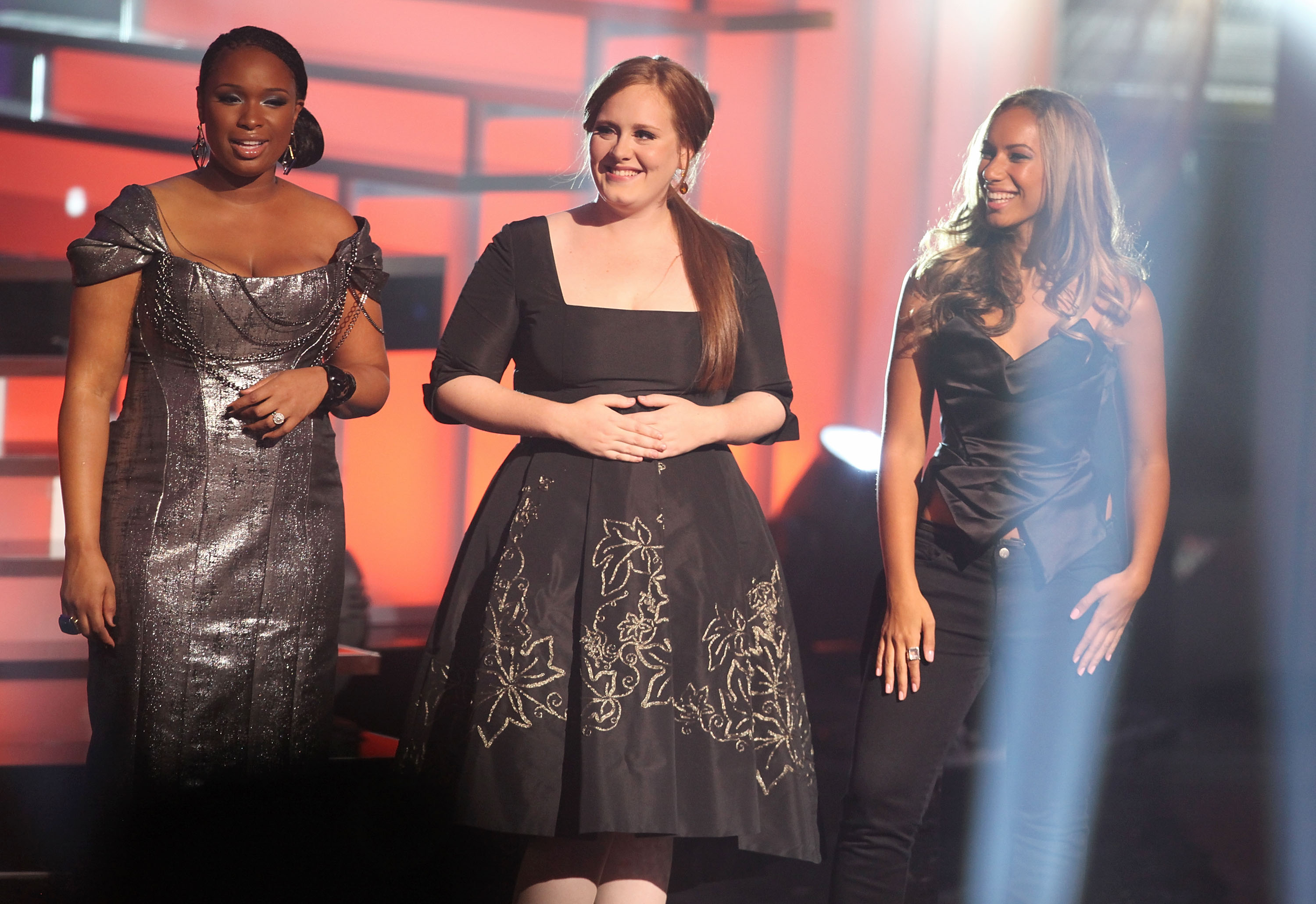 Jennifer Hudson, Adele, and Leona Lewis pose onstage during the 2009 VH1 Divas at Brooklyn Academy of Music in New York City on Sept. 17, 2009.