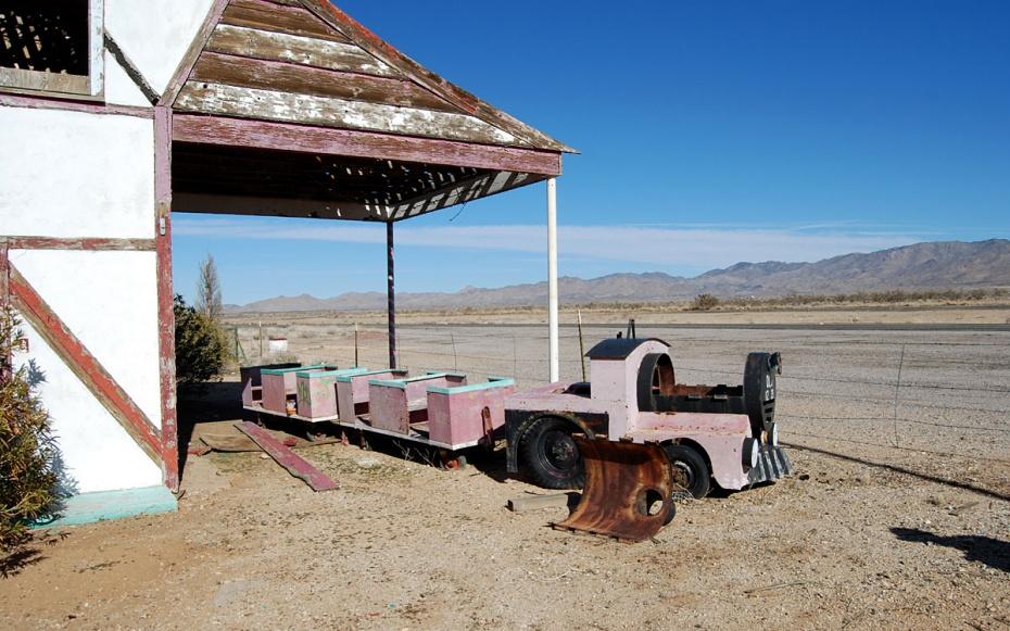 ghost-towns-santa-klaus-arizona