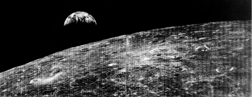 iconic-space-photos-earthrise--nasa
