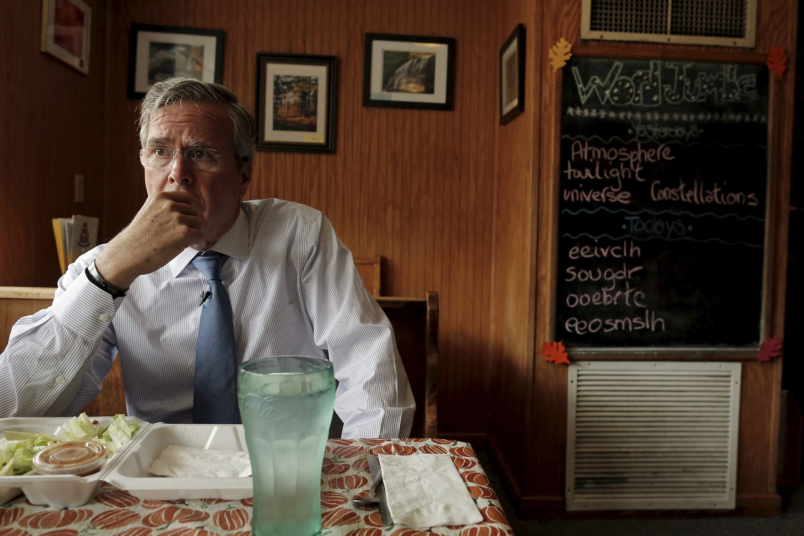 A onetime front runner, Bush campaigns 16-hour days, including a recent stop at a café in Peterborough, N.H.
