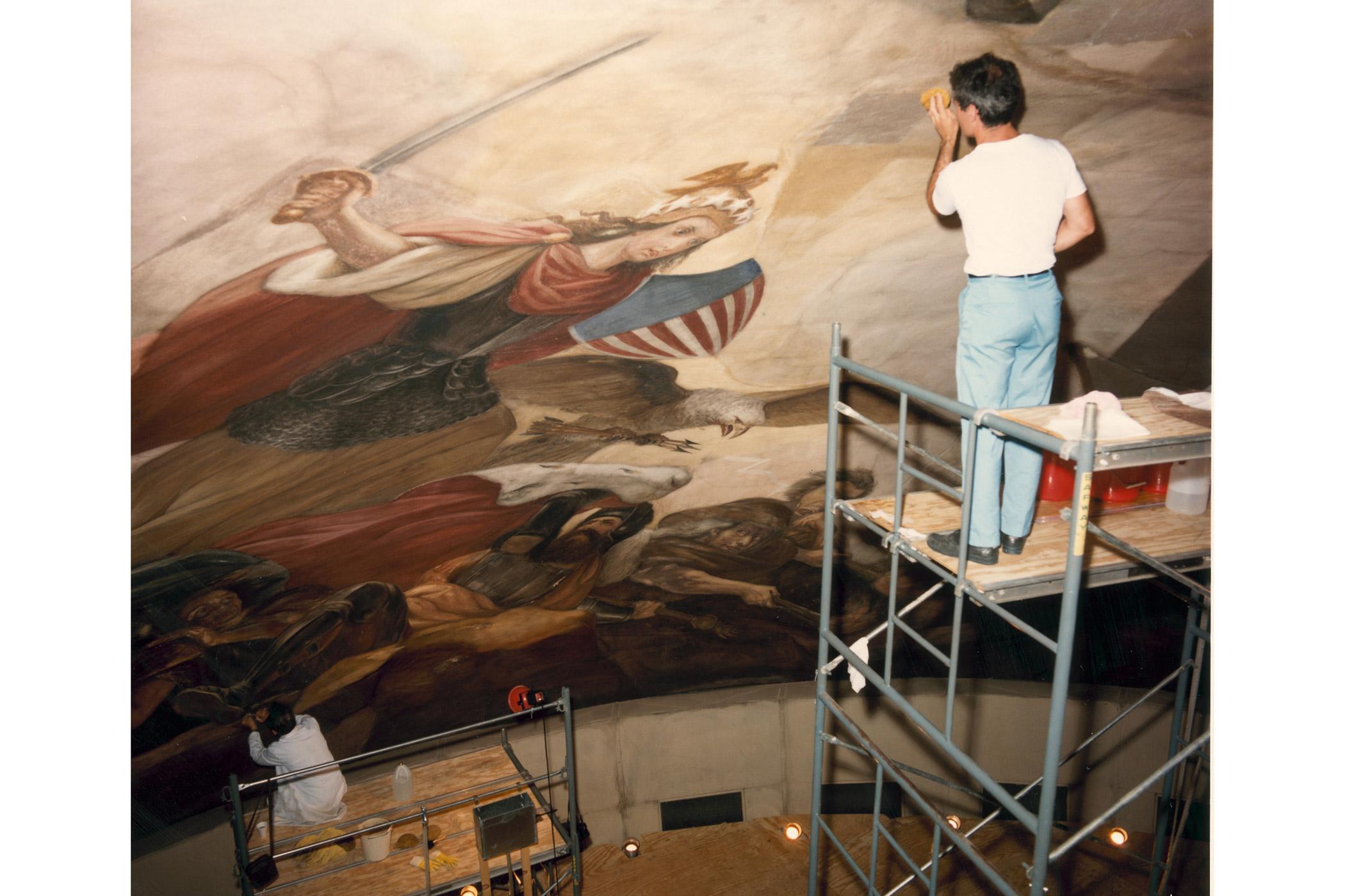 The Rotunda Apotheosis underwent restoration in August 1987.