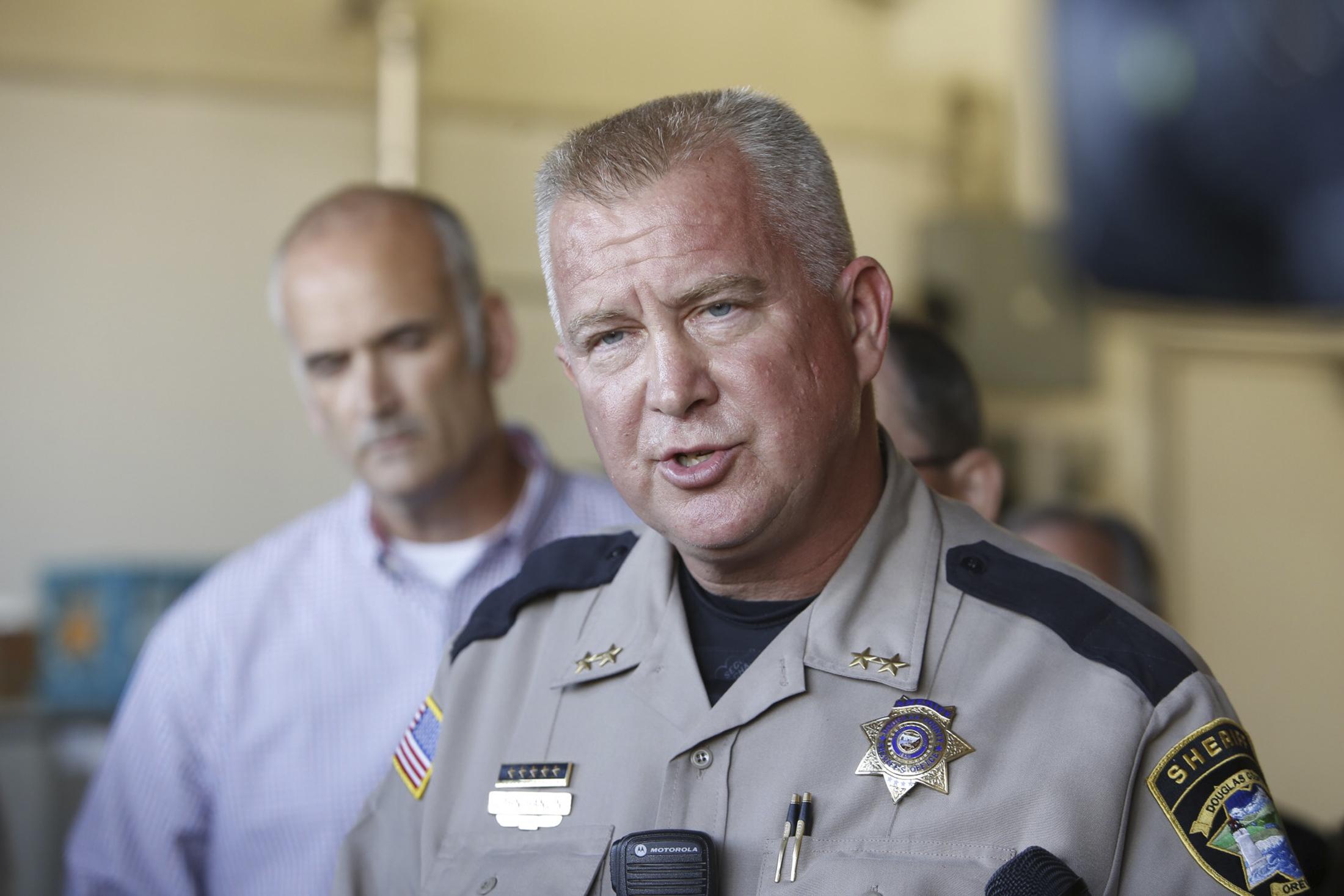Douglas county sheriff John Hanlin speaks to media after a mass shooting at Umpqua Community College in Roseburg,Oregon October 1, 2015.