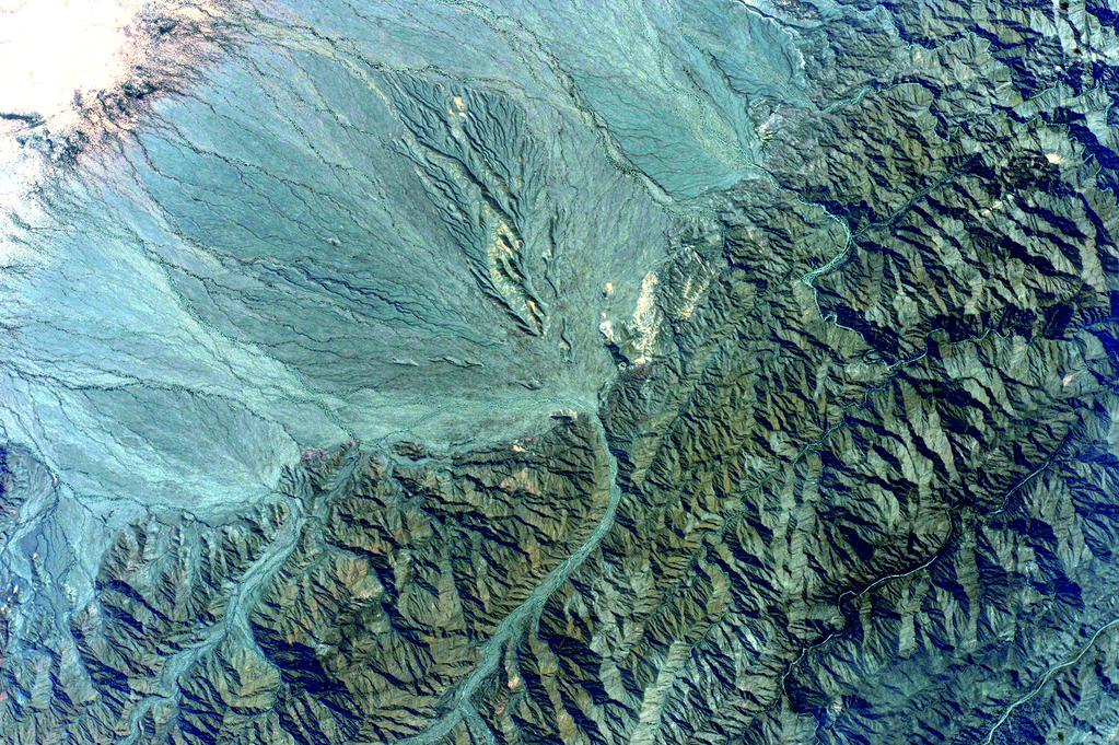 #EarthArt This green stony mountain range reminds me of jade. #YearInSpace  - via Twitter on Oct. 8, 2015
