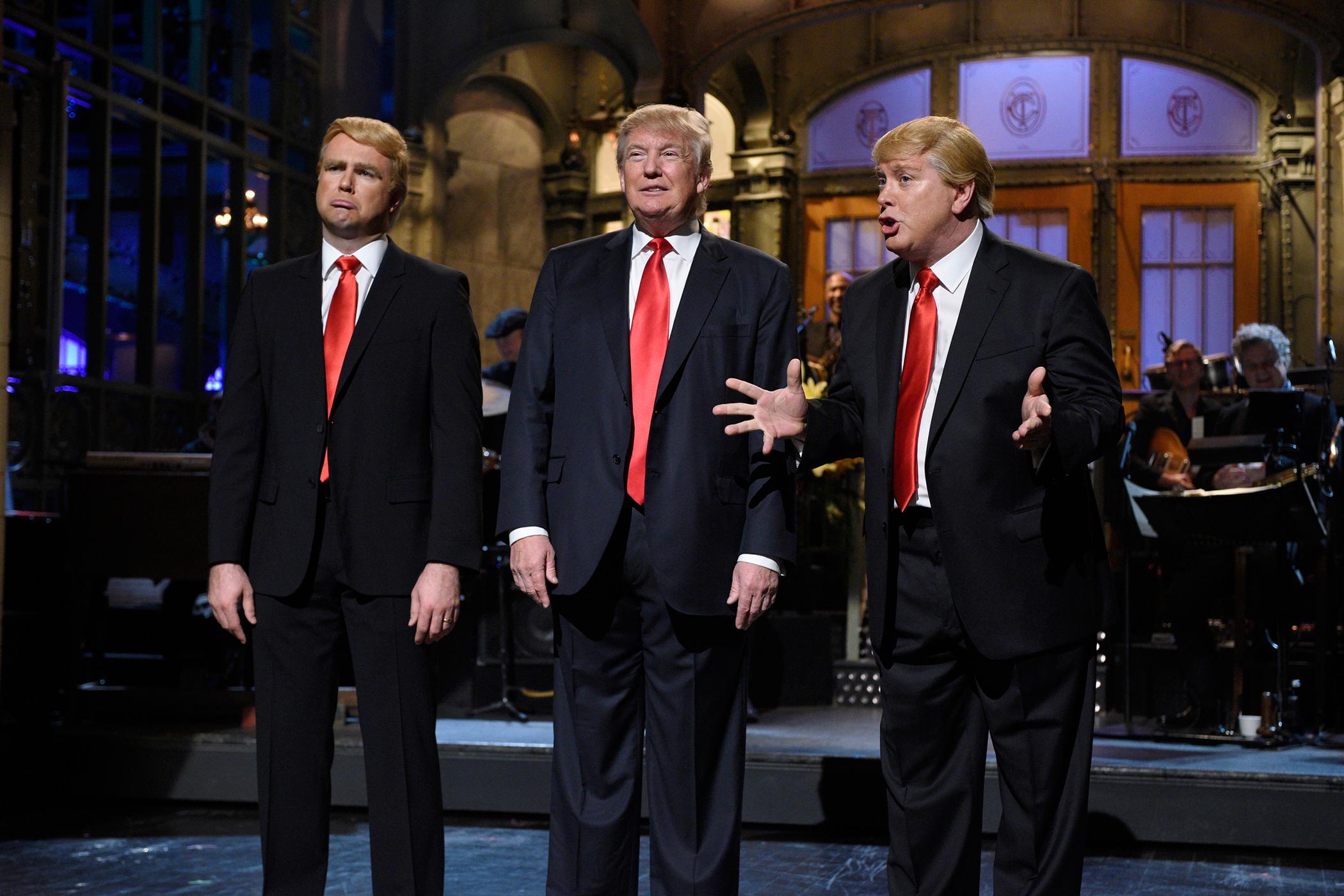Saturday Night Live  Donald Trump  Episode with (l-r) Taran Killam, Donald Trump, and Darrell Hammond during the monologue on November 7, 2015.