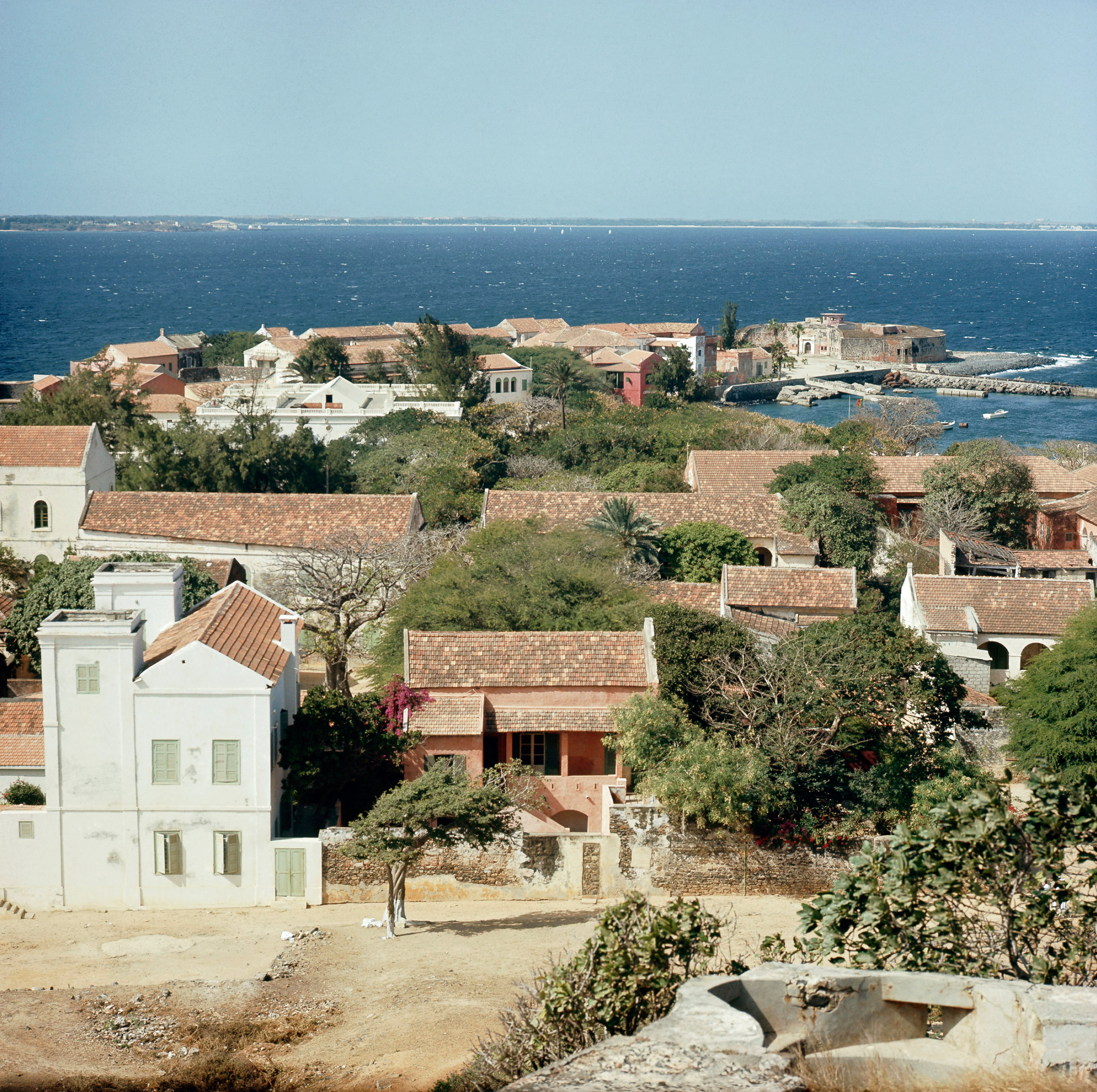View of the town on Goree Island, off Cape Verde, an important selling-station for the Atlantic slave trade, Senegal, Africa.