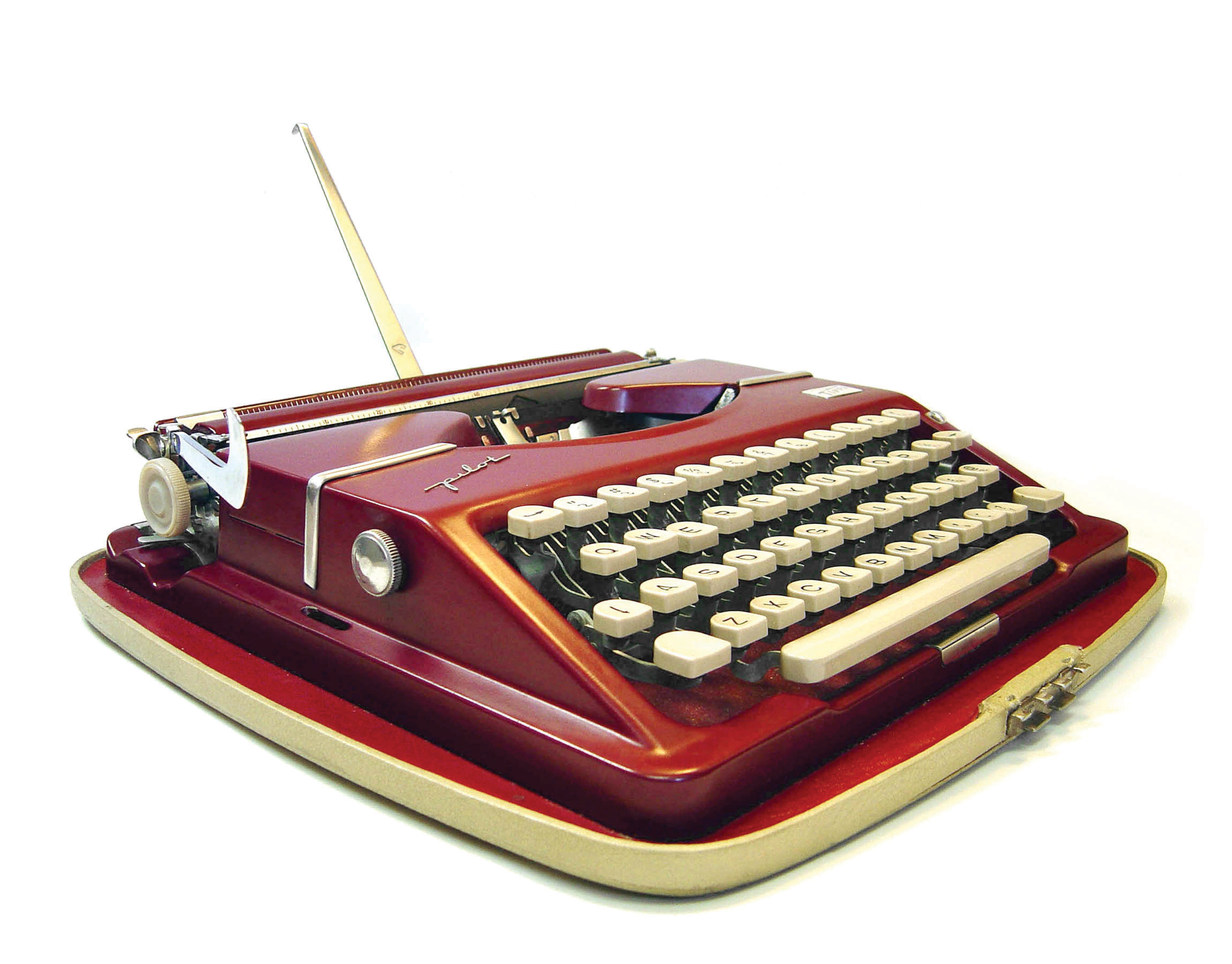 The Gossen Tippa Pilot, another ultraportable model, was made in Germany and used by Stanley Kubrick. ca. 1955