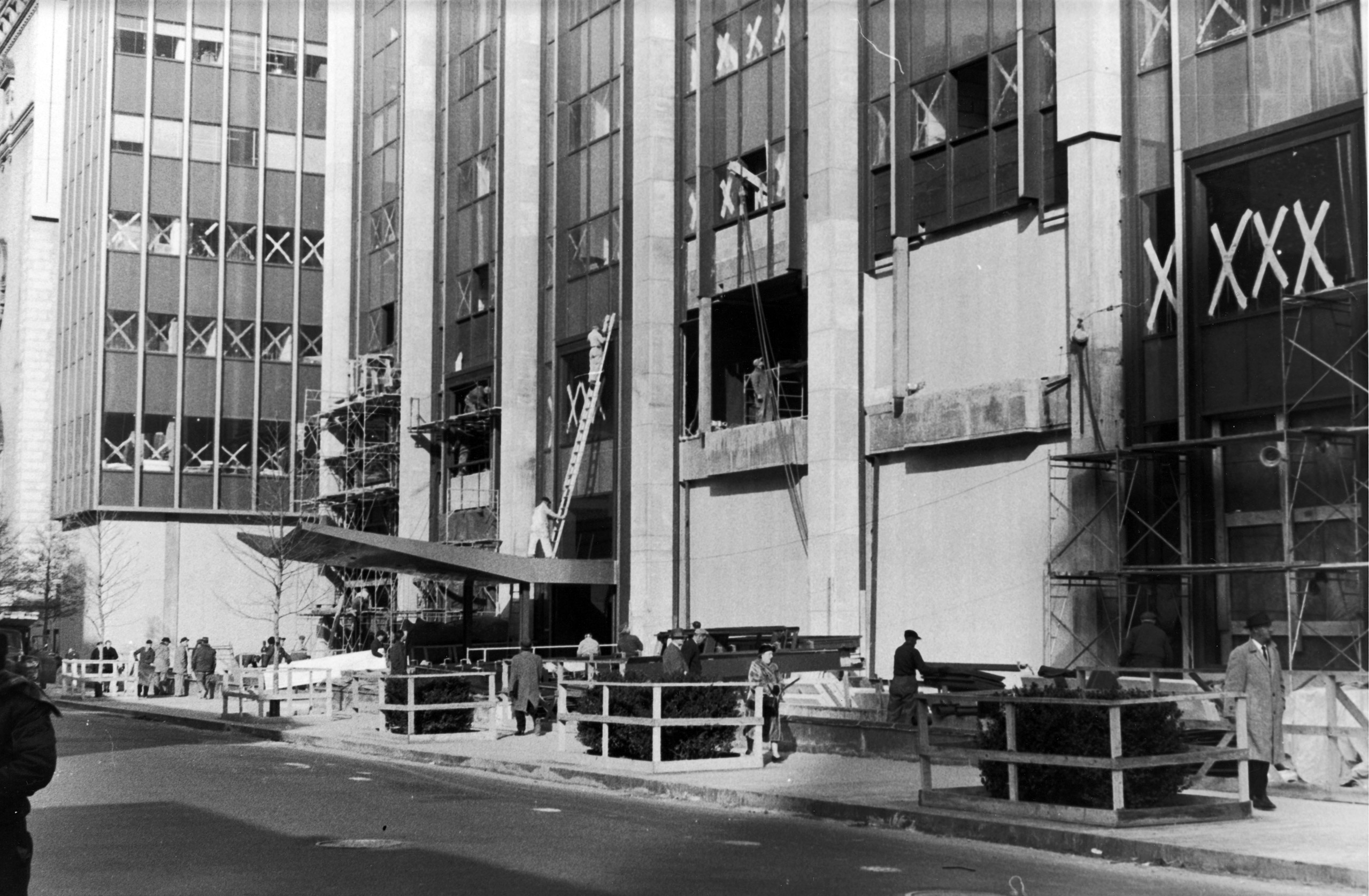 Construction of the Time & Life Building at Avenue of the Americas and 50th Street, 1959.