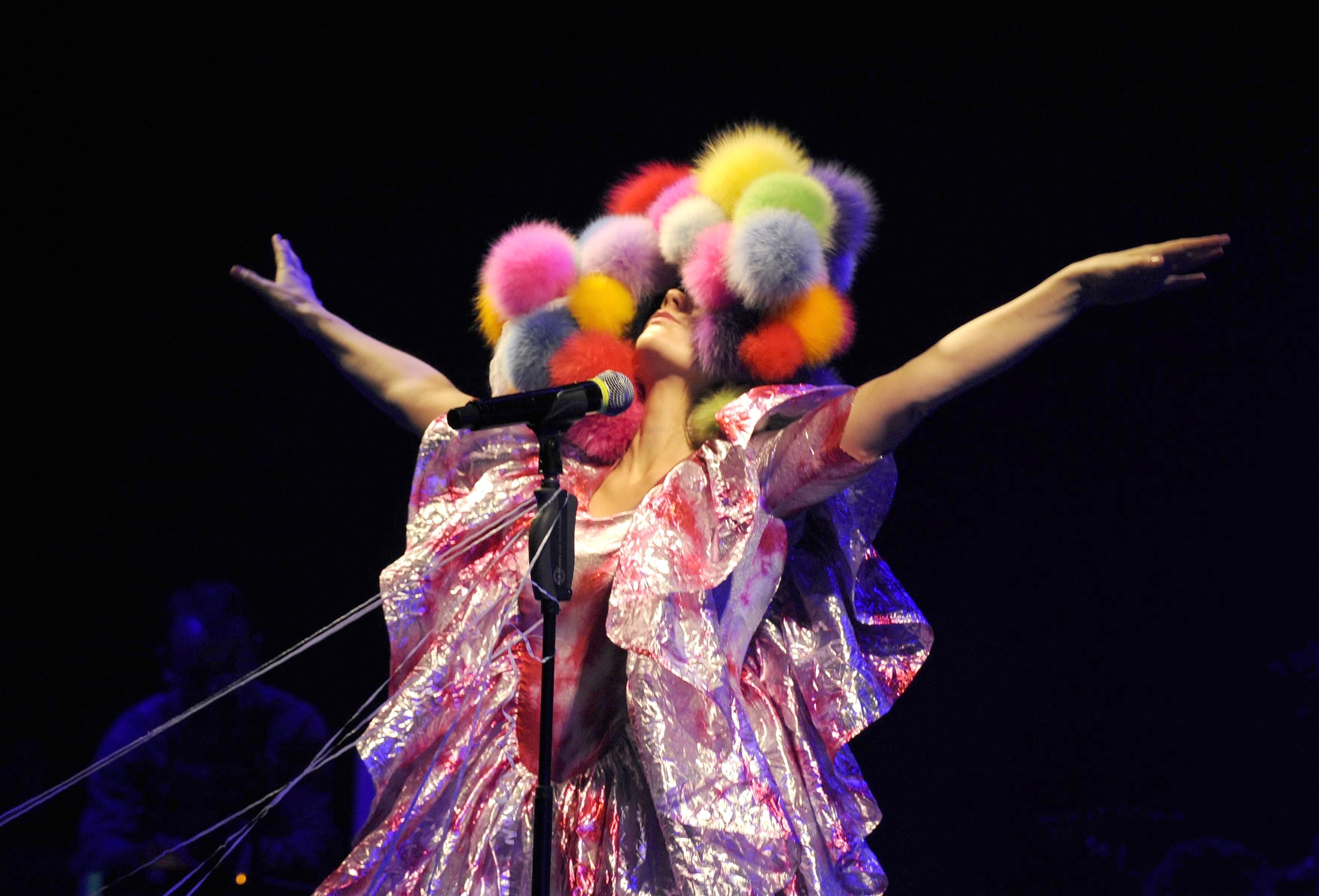 Bjork performs at Hammersmith Apollo in London on April 14, 2008.