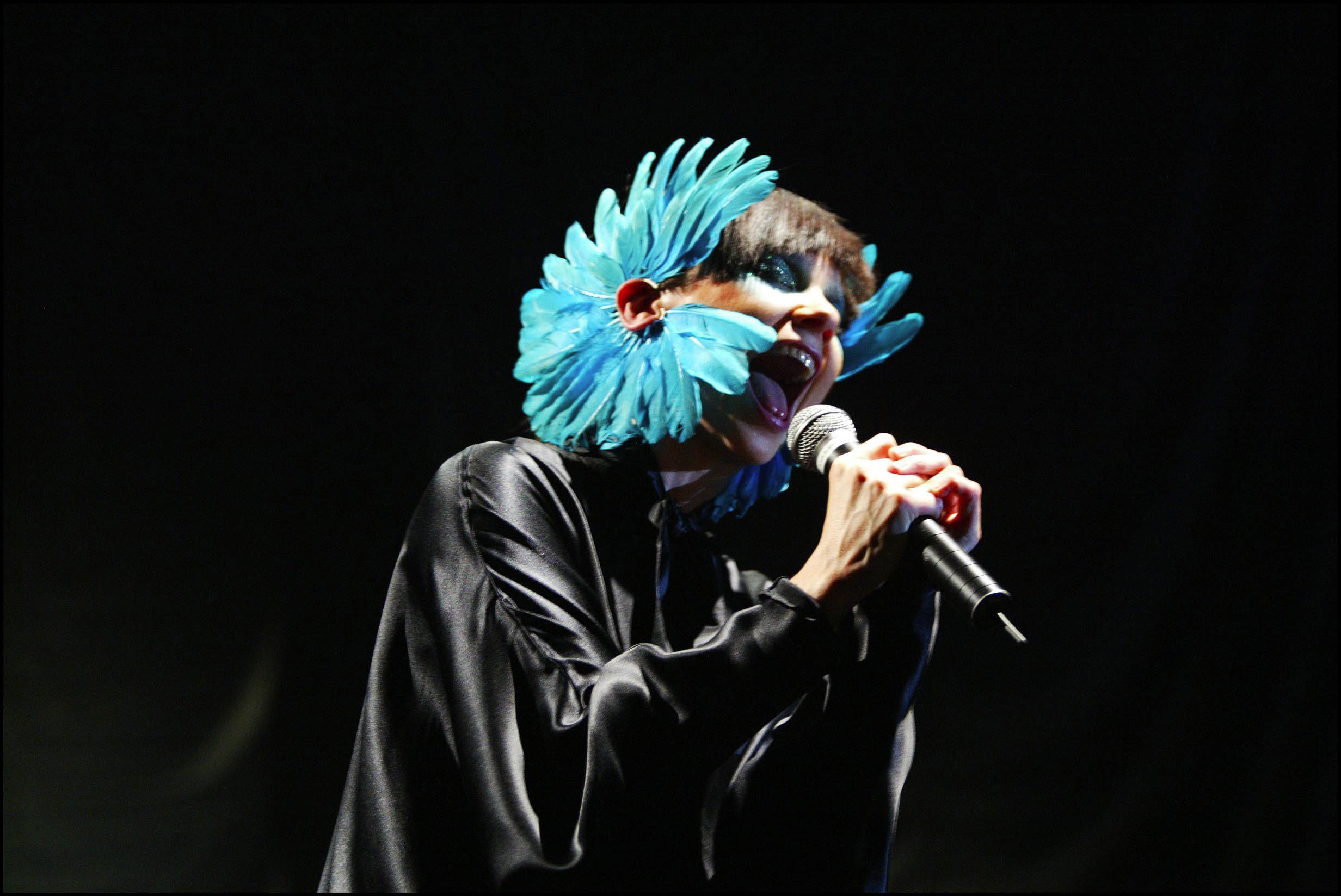Björk performs in Paris on June 17, 2003.