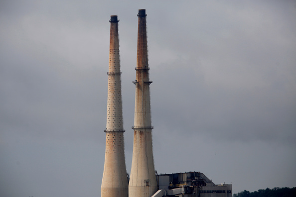 The Duke Energy Corp. Gallagher Station power plant stands along the Ohio River in New Albany, Indiana, U.S., on Monday, July 27, 2015.