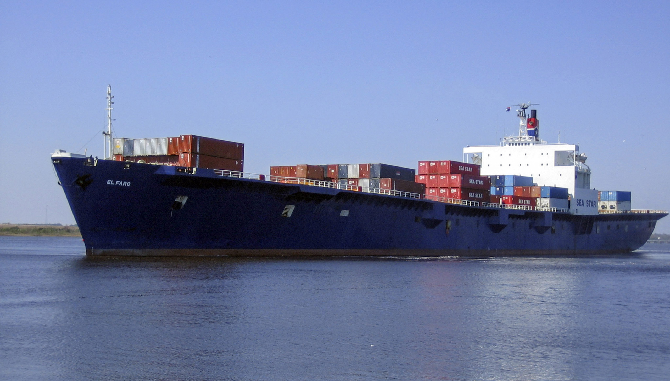 An undated handout file picture made available by TOTE Maritime shows the cargo ship El Faro at sea. A search team found what it said was the wreck of a cargo ship that sank during Hurricane Joaquin with the loss of 33 crew members, a US official said on Oct. 31, 2015.