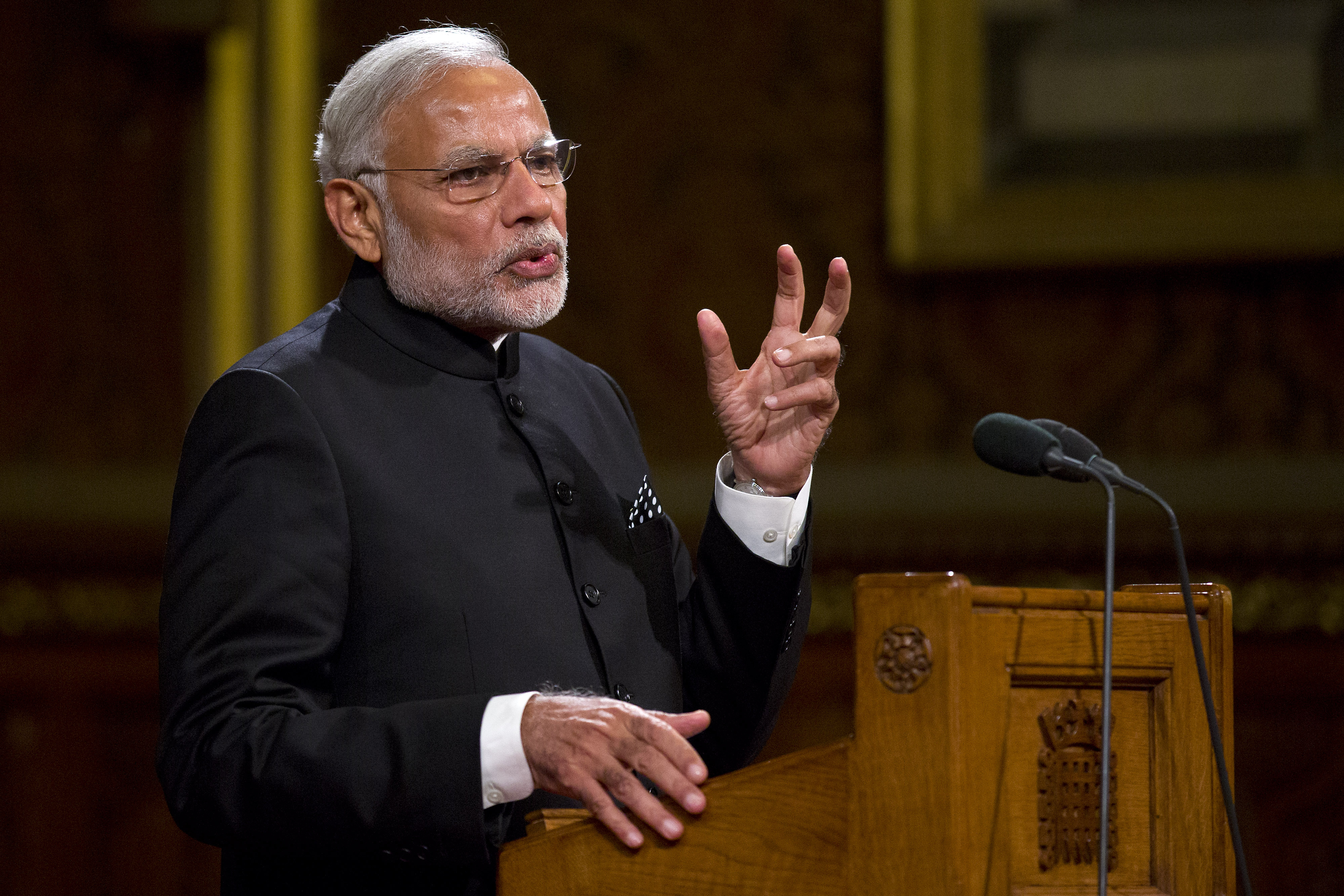 Indian Prime Minister Narendra Modi delivers a speech in the Royal Gallery in the Houses of Parliament during an official three day visit on November 12, 2015 in London, England.