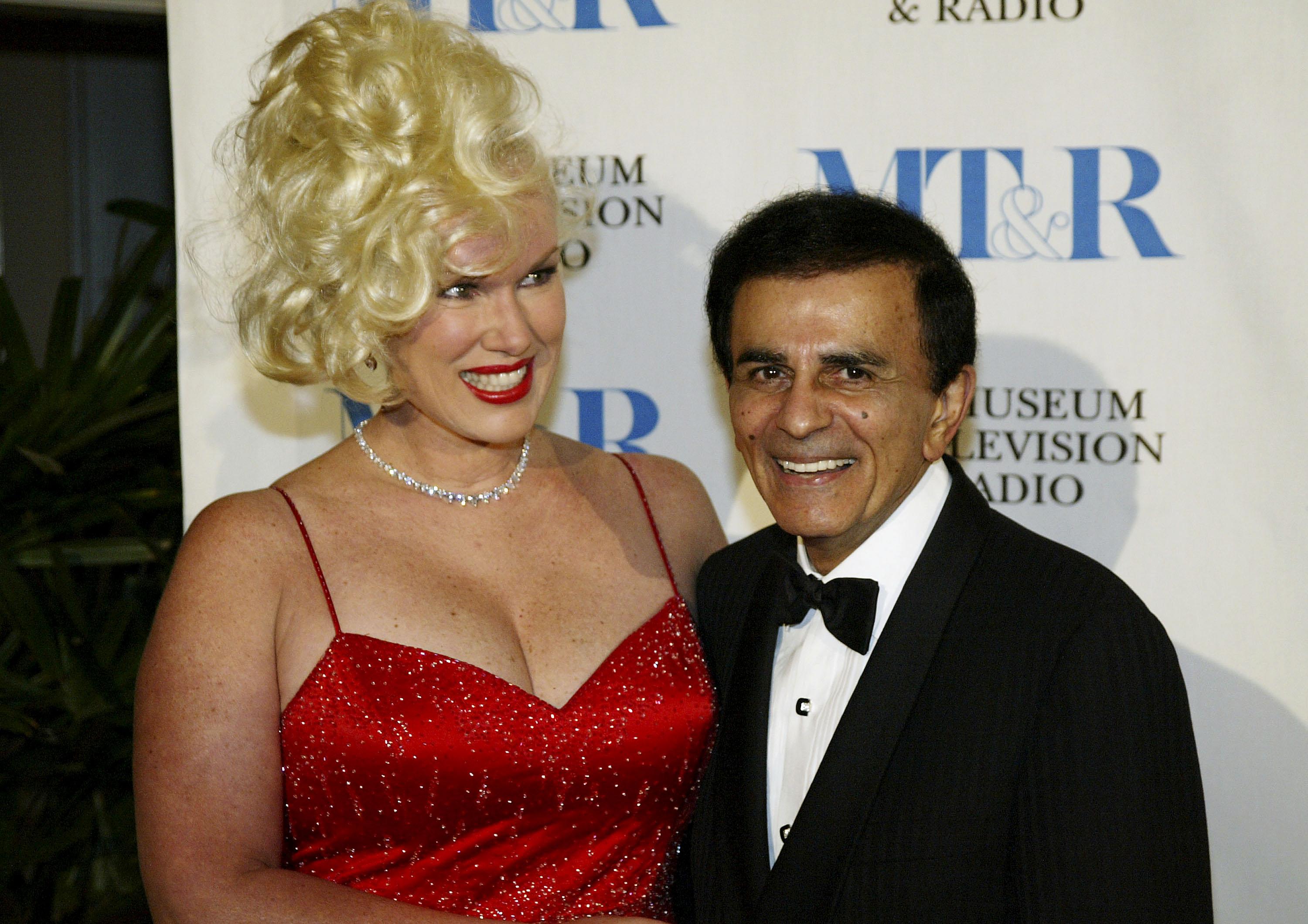 Jean and Casey Kasem pose before the Museum of Television & Radio's Annual Los Angeles Gala on November 10, 2003 at the Beverly Hills Hotel in Beverly Hills, California.
