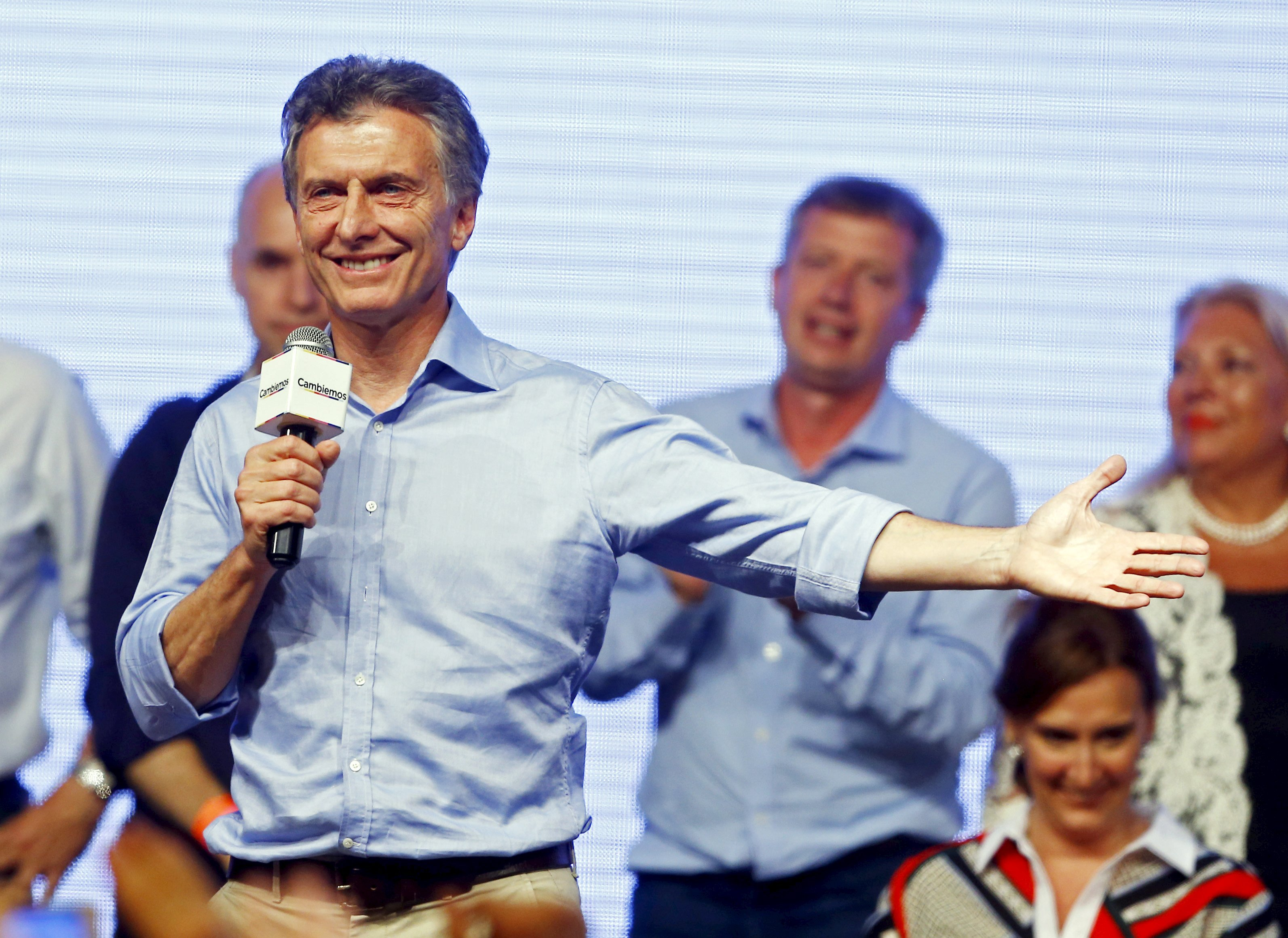 Mauricio Macri, presidential candidate of the Cambiemos coalition, speaks to his supporters after the presidential election in Buenos Aires, Argentina on Nov. 22, 2015.