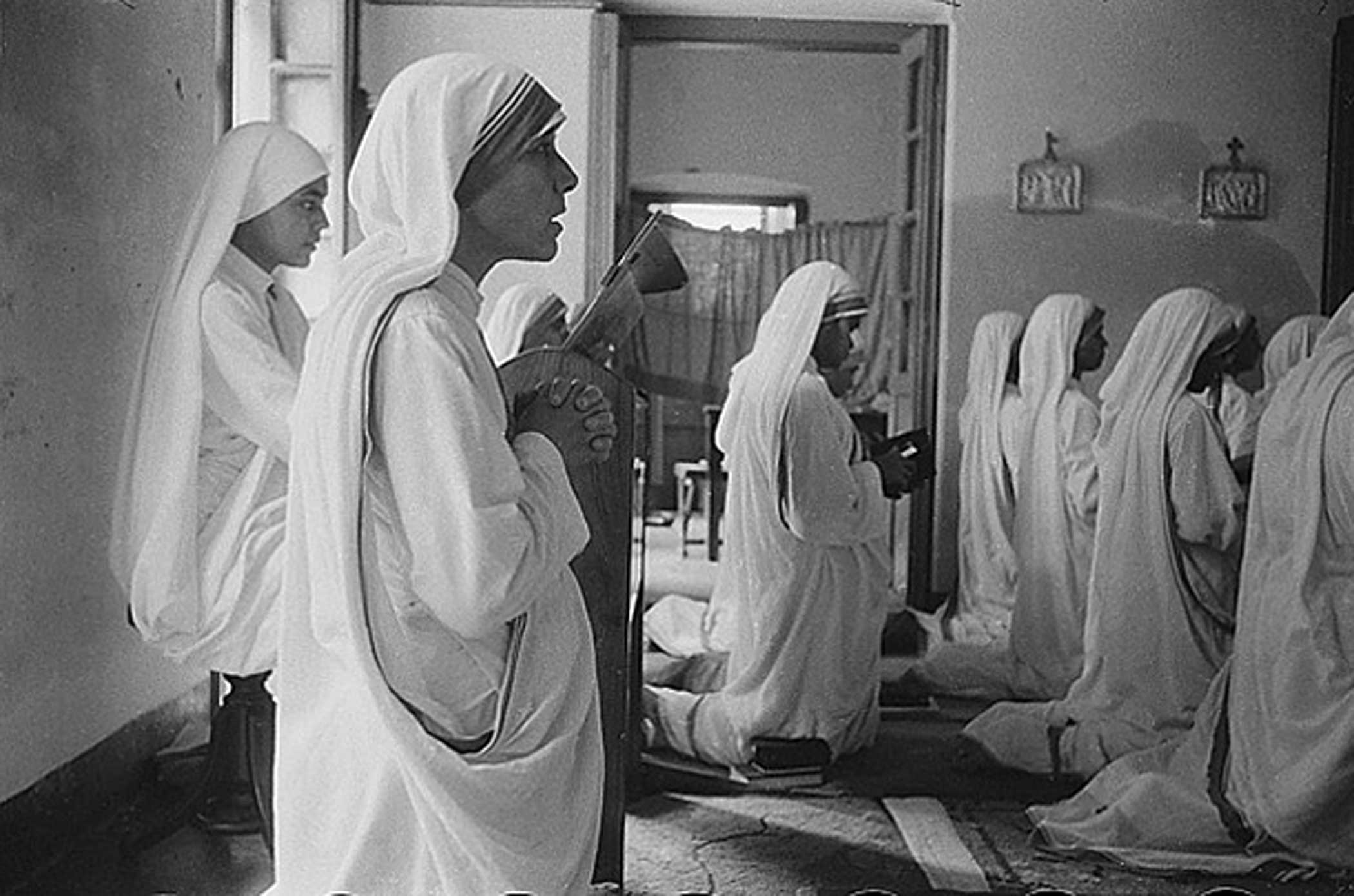 Inspired by a vision of Jesus, Teresa began her endeavor alone, but was soon joined by others. Until a branch for Catholic brothers was founded in 1963, the Missionaries of Charity were all women.