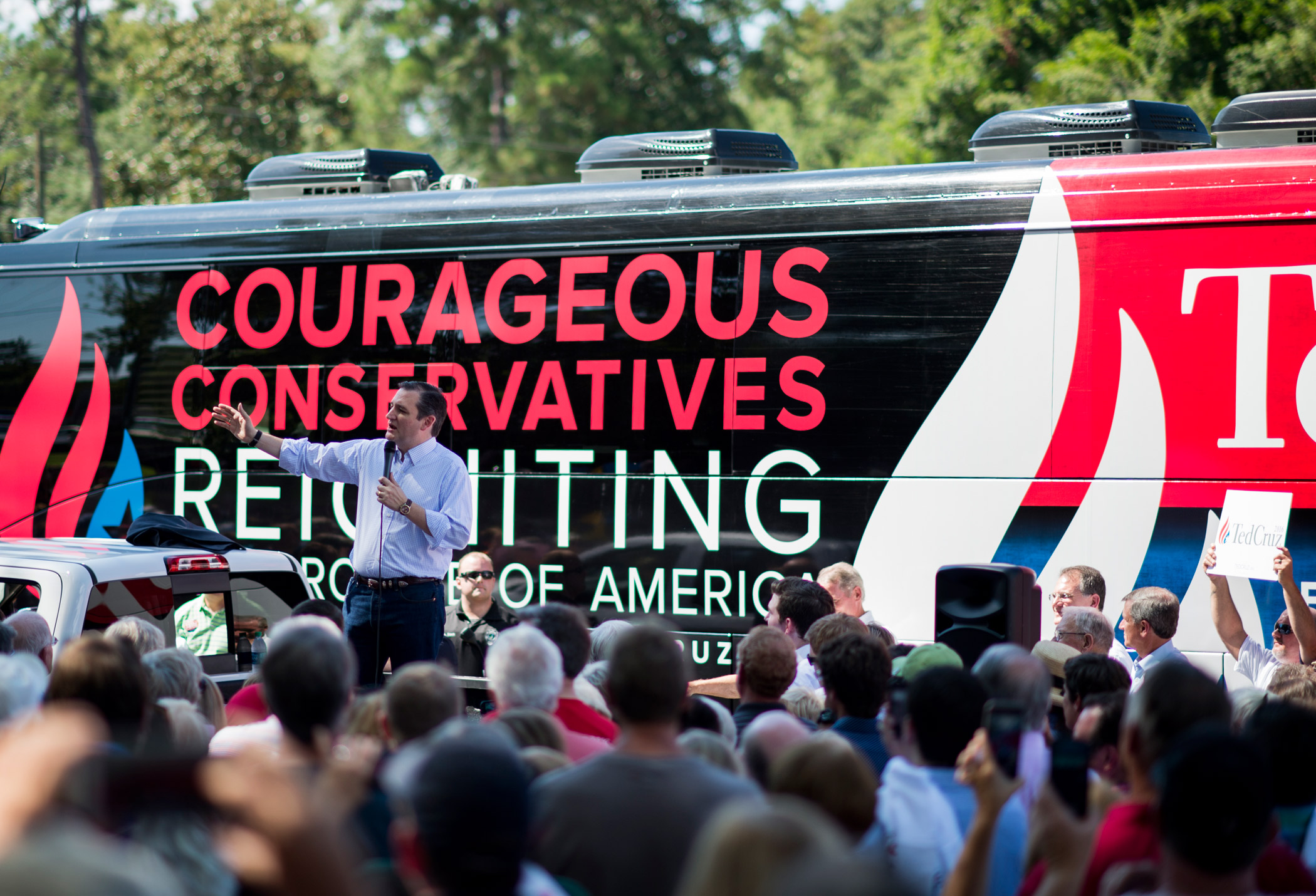 Republican presidential candidate Sen. Ted Cruz speaks to supporters in front of his campaign bus  in Newnan, Ga., on Aug. 8, 2015.