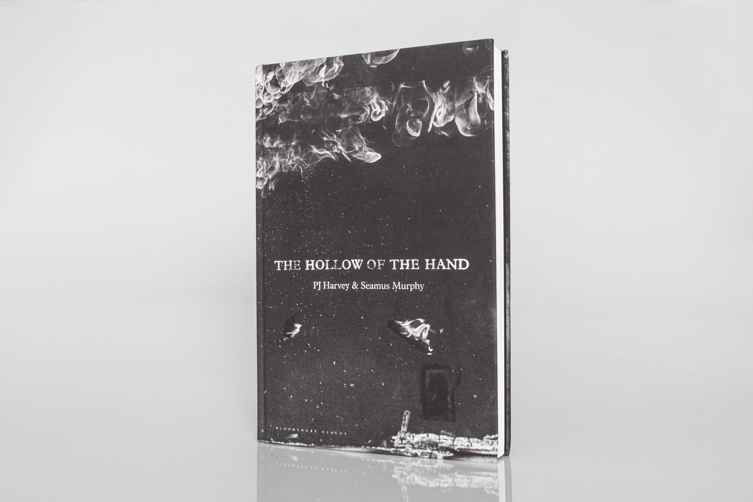 The Hollow of the Hand  by PJ Harvey / Seamus MurphyPublished by Bloomsbury