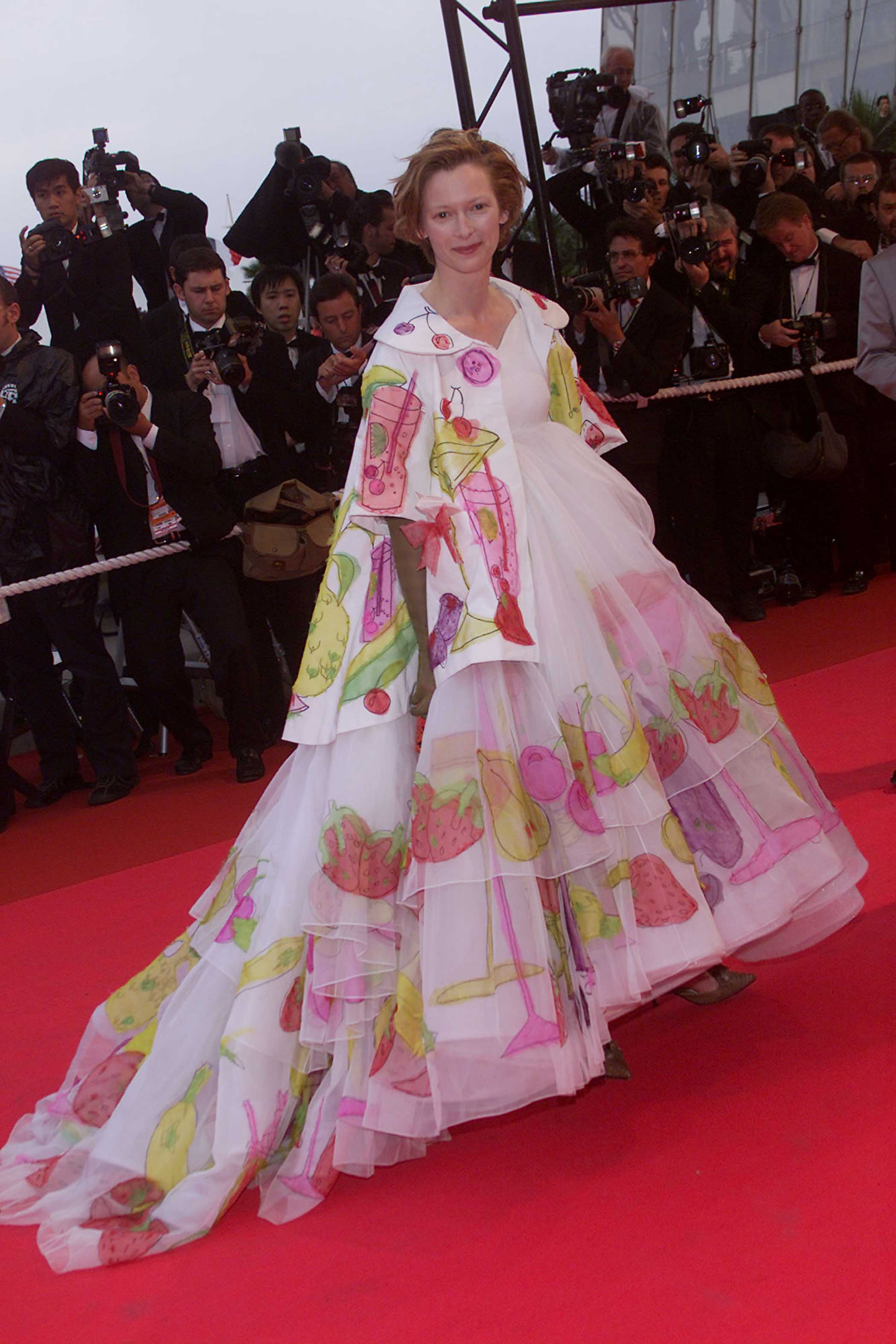 Tilda Swinton arrives at the Palme d'Or Award Ceremony at the 54th Cannes Film Festival in Cannes, France on May 20, 2001.