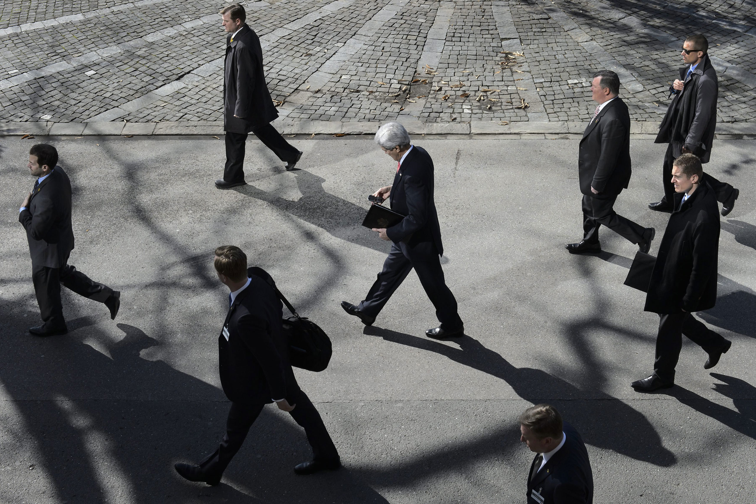U.S. Secretary of State John Kerry walks as he takes a break for the lunch time after a bilateral meeting with Iranian Foreign Minister Mohammad Javad Zarif (not pictured) for a new round of Nuclear Iran Talks, in Montreux, Switzerland. March, 3 2015.