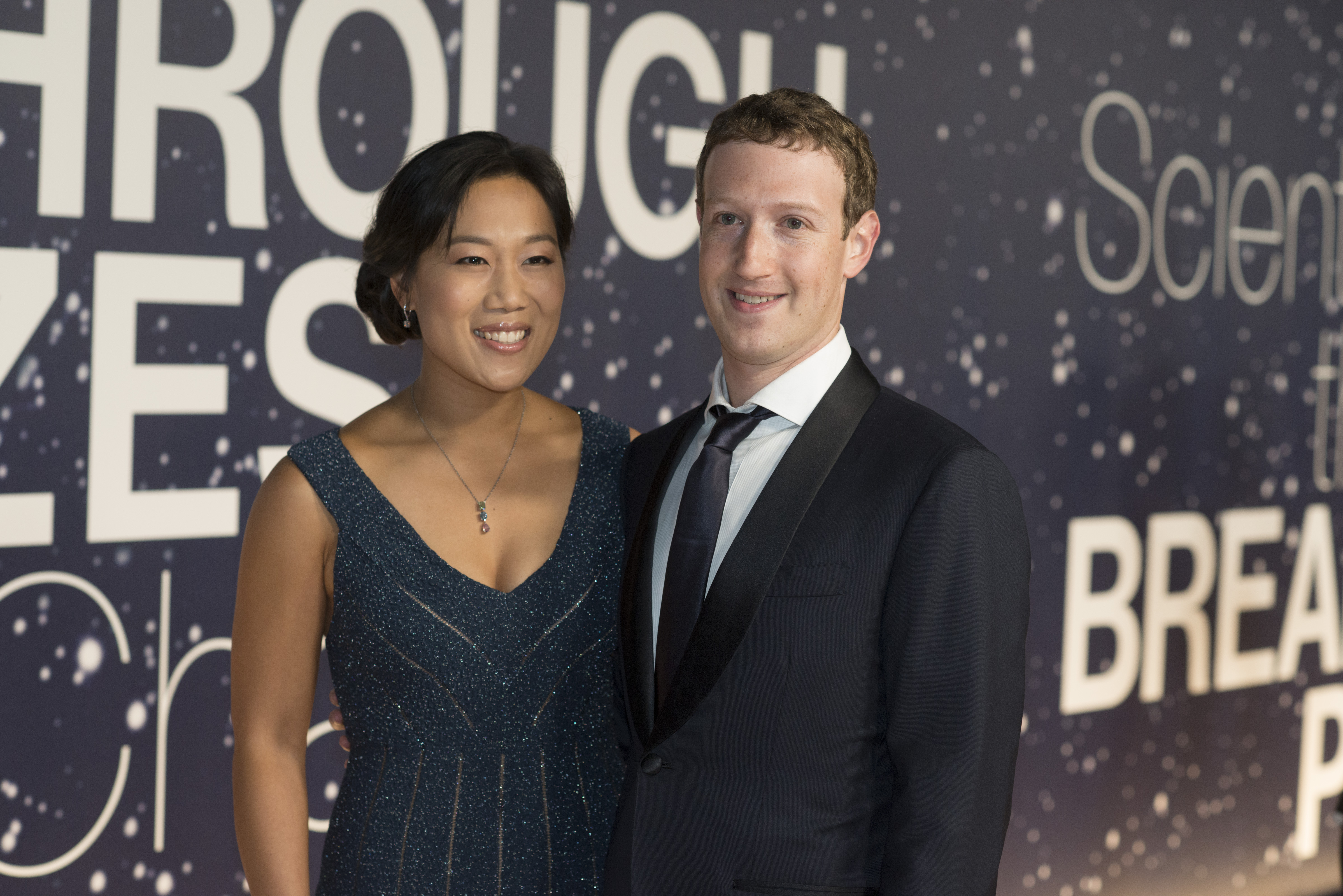 Priscilla Chan and Mark Zuckerberg at an award ceremony in 2014.