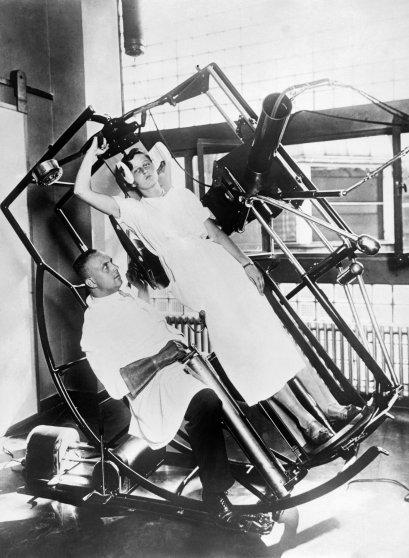 Roentgen X-Ray Machine 1929